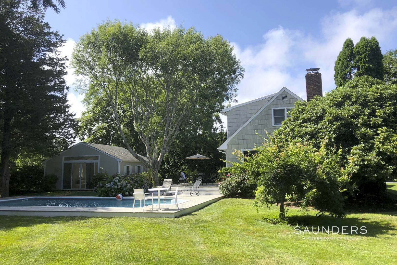 3. Single Family Homes at Peaceful Space Close To The Village East Hampton, East Hampton Town, NY 11937