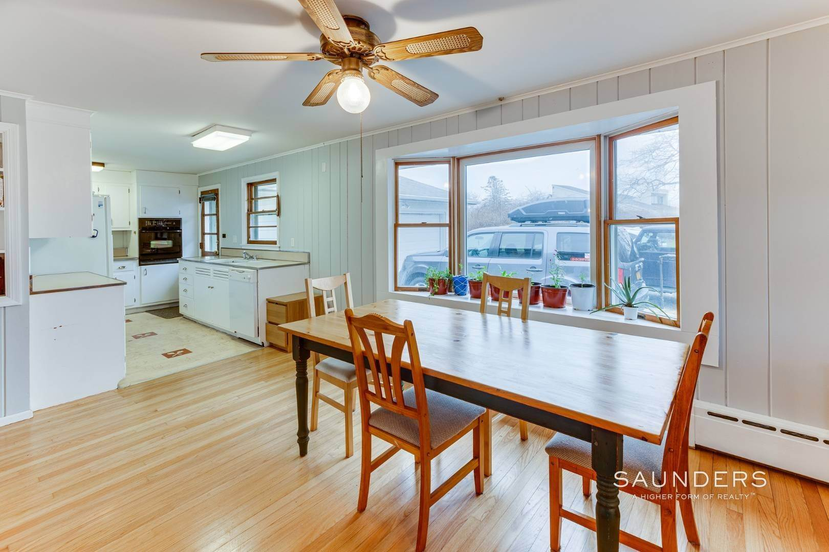 11. Single Family Homes for Sale at Montauk Hilltop 144 South Essex Street, Montauk, East Hampton Town, NY 11954