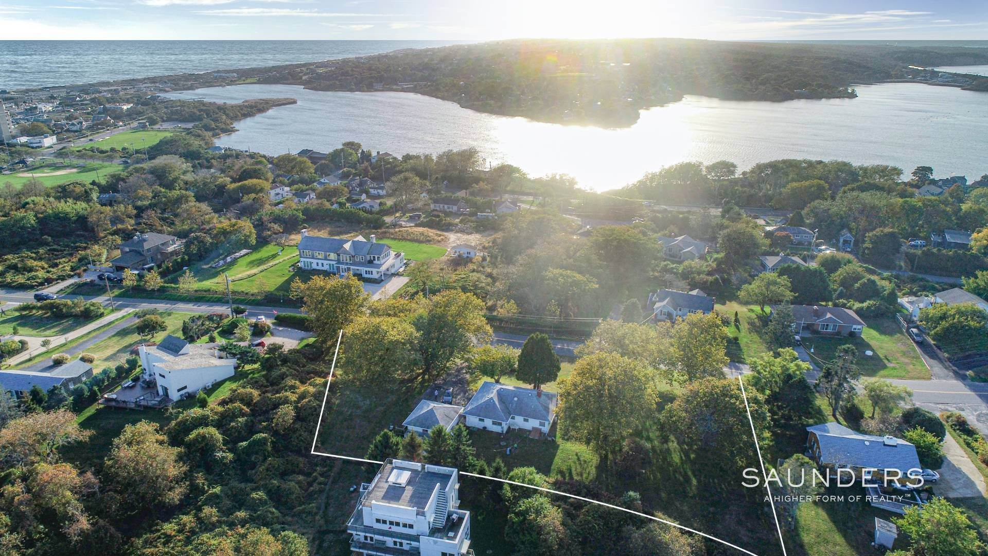 4. Single Family Homes for Sale at Montauk Hilltop 144 South Essex Street, Montauk, East Hampton Town, NY 11954