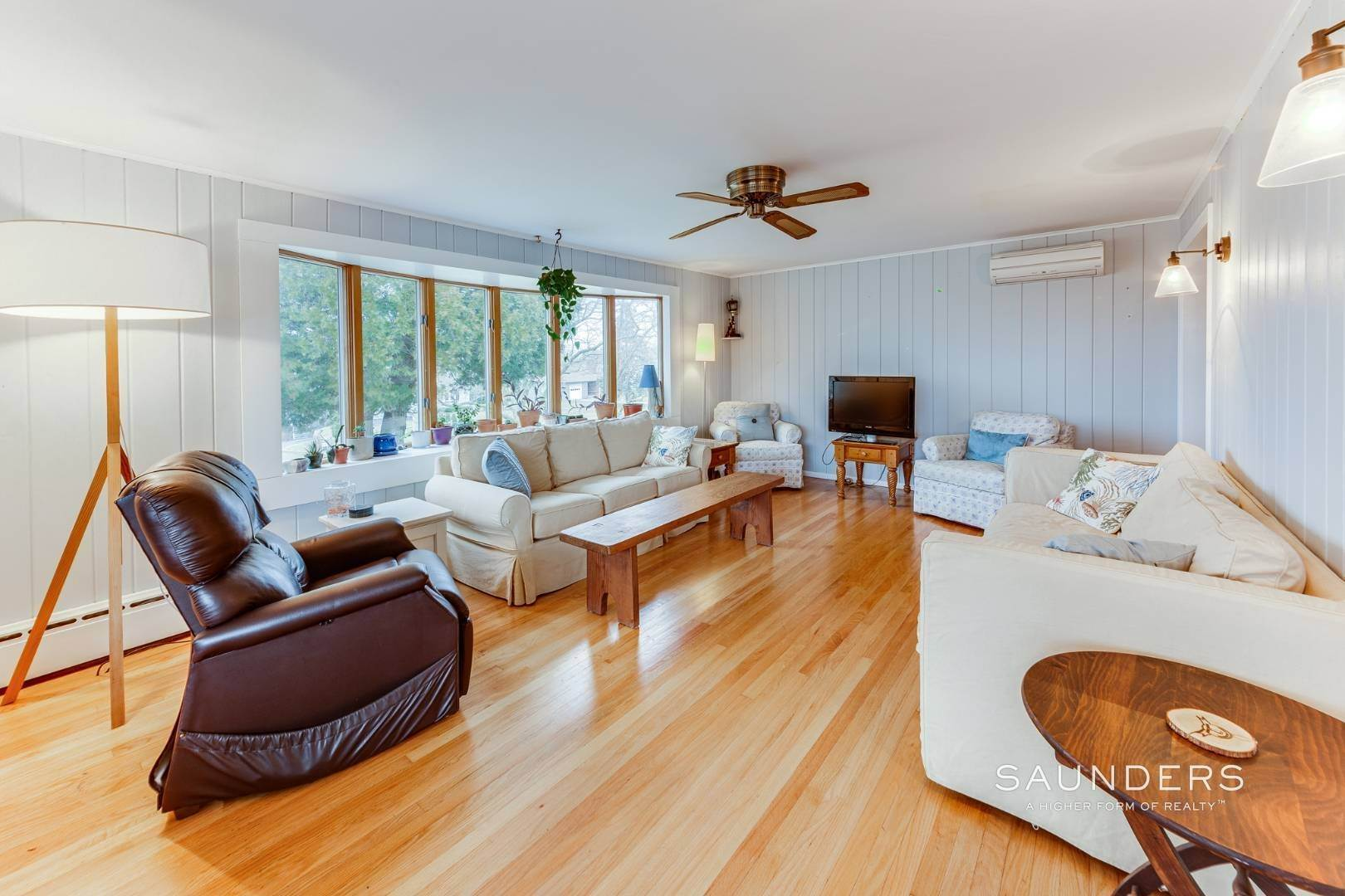 8. Single Family Homes for Sale at Montauk Hilltop 144 South Essex Street, Montauk, East Hampton Town, NY 11954