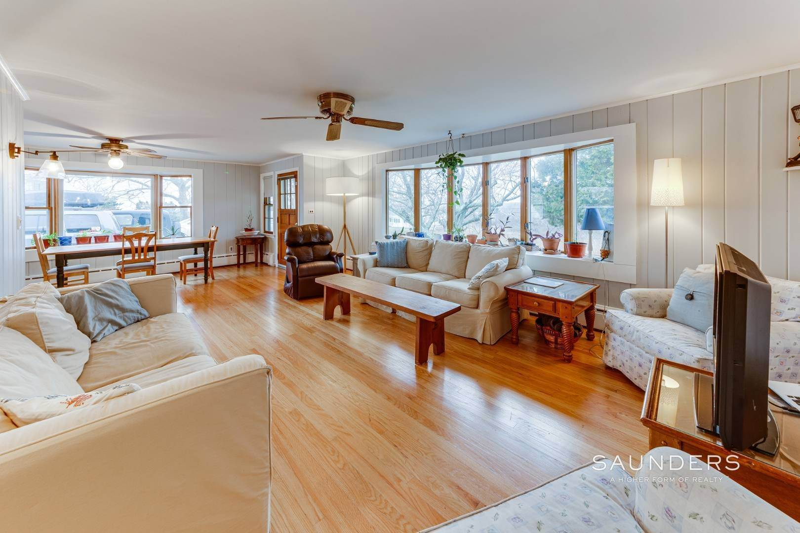 10. Single Family Homes for Sale at Montauk Hilltop 144 South Essex Street, Montauk, East Hampton Town, NY 11954
