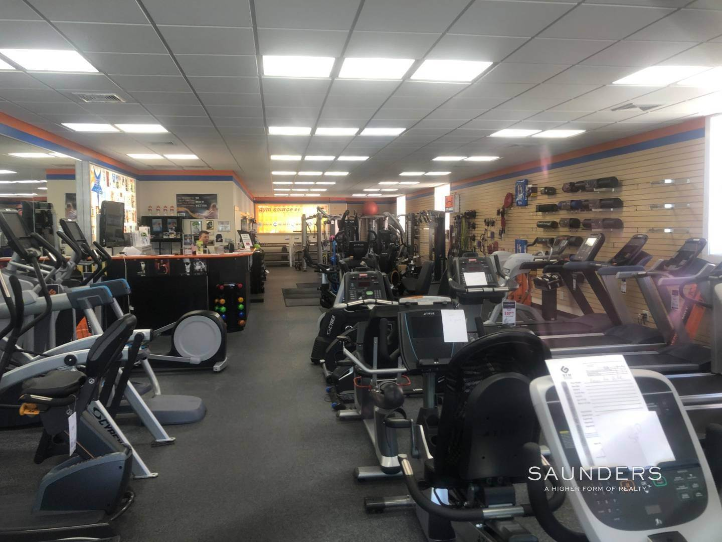 3. Commercial for Sale at Southampton Village Investment/User Opportunity 21 & 23 Windmill Lane, Southampton, Southampton Town, NY 11968