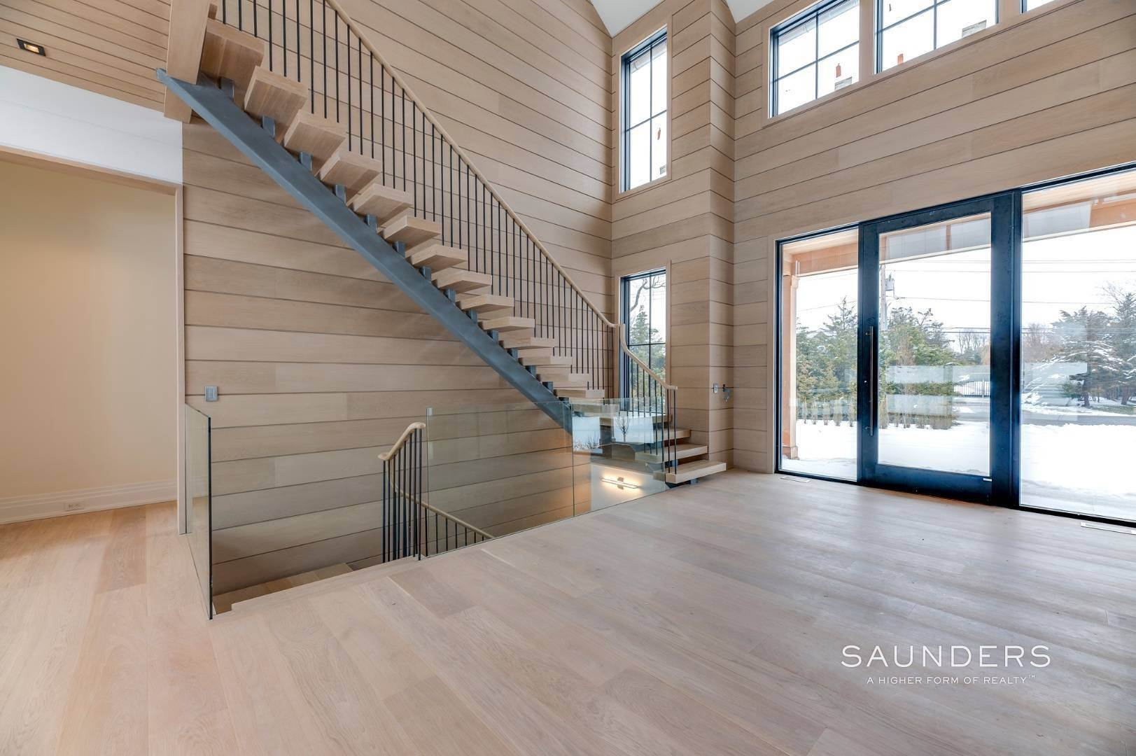 11. Single Family Homes for Sale at Southampton South New Construction With Tennis 71 Flying Point Road, Southampton, Southampton Town, NY 11968