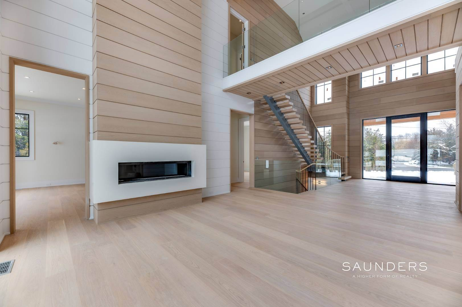 7. Single Family Homes for Sale at Southampton South New Construction With Tennis 71 Flying Point Road, Southampton, Southampton Town, NY 11968