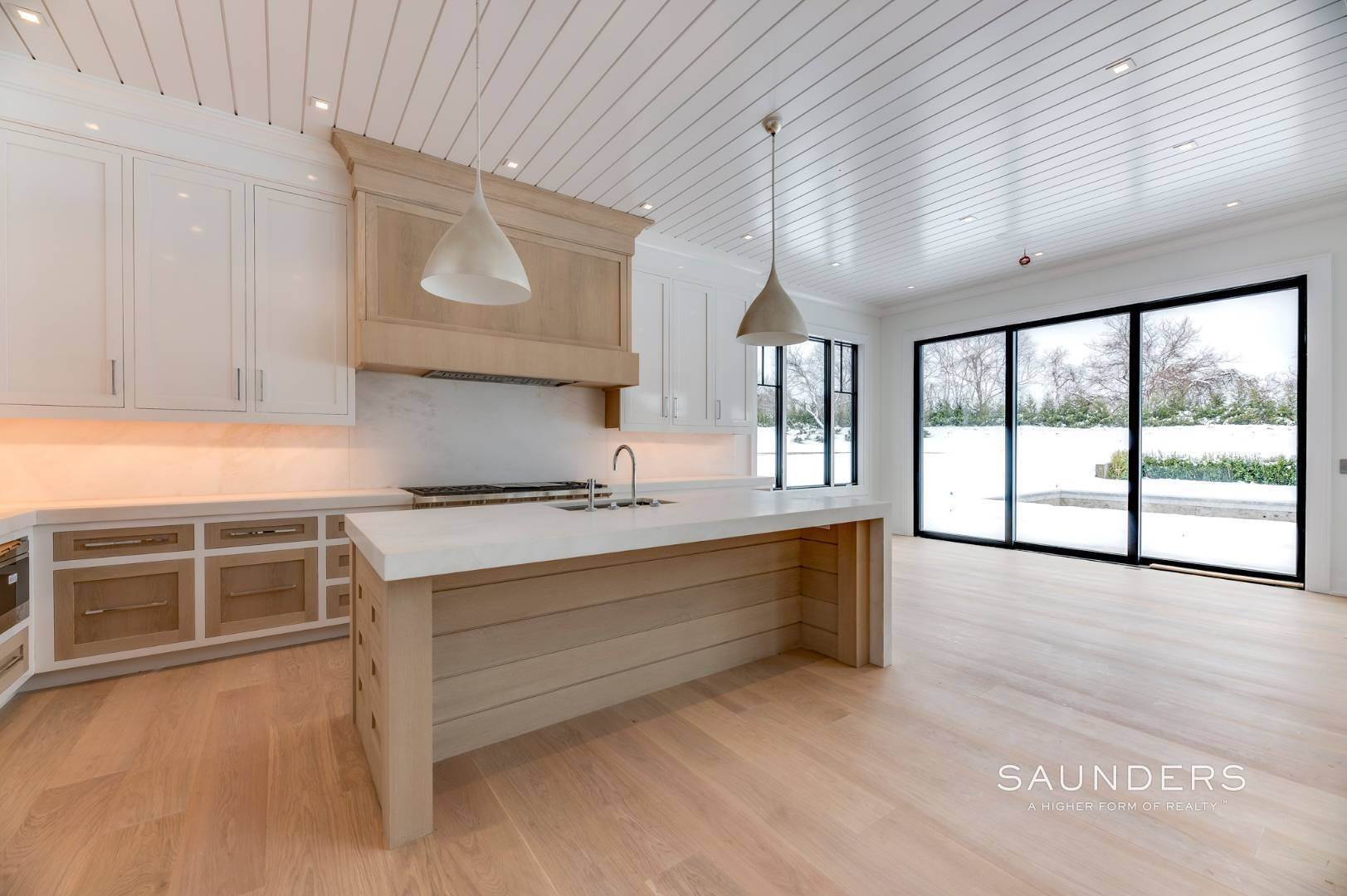 9. Single Family Homes for Sale at Southampton South New Construction With Tennis 71 Flying Point Road, Southampton, Southampton Town, NY 11968