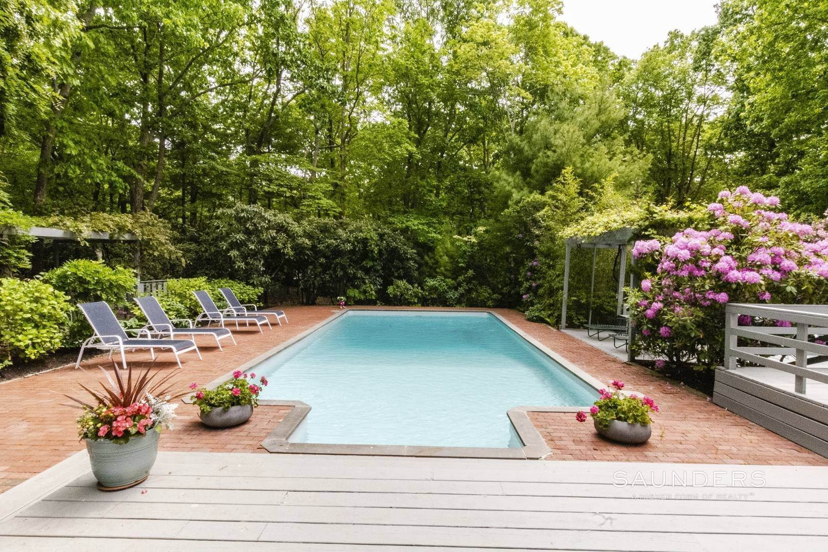27. Single Family Homes at No Beach Pass Needed! Pristine Beach House Work And Play 2 Hedges Banks Drive, East Hampton, East Hampton Town, NY 11937