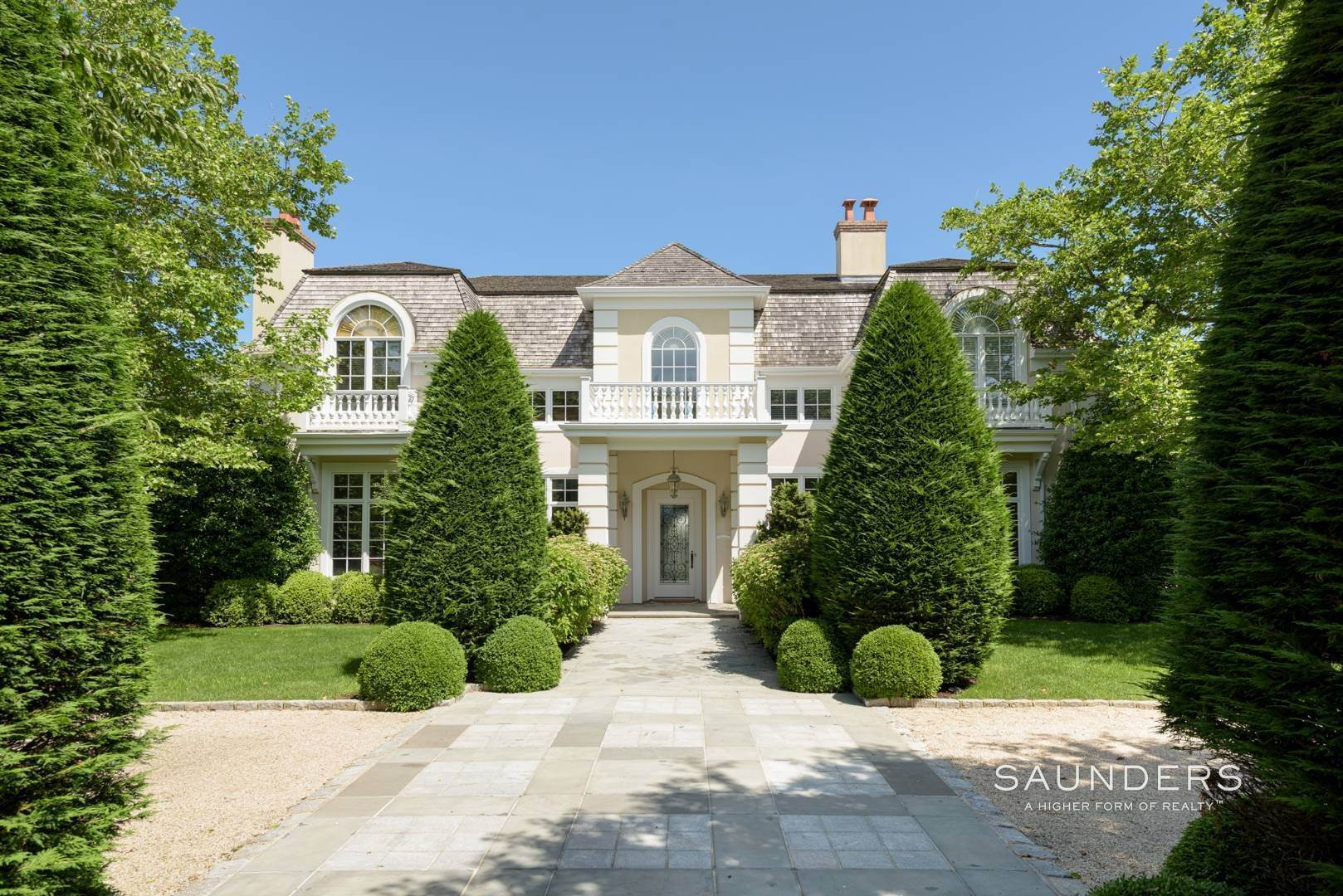 Single Family Homes at Magnificent Southampton Estate Southampton, Southampton Town, NY 11968