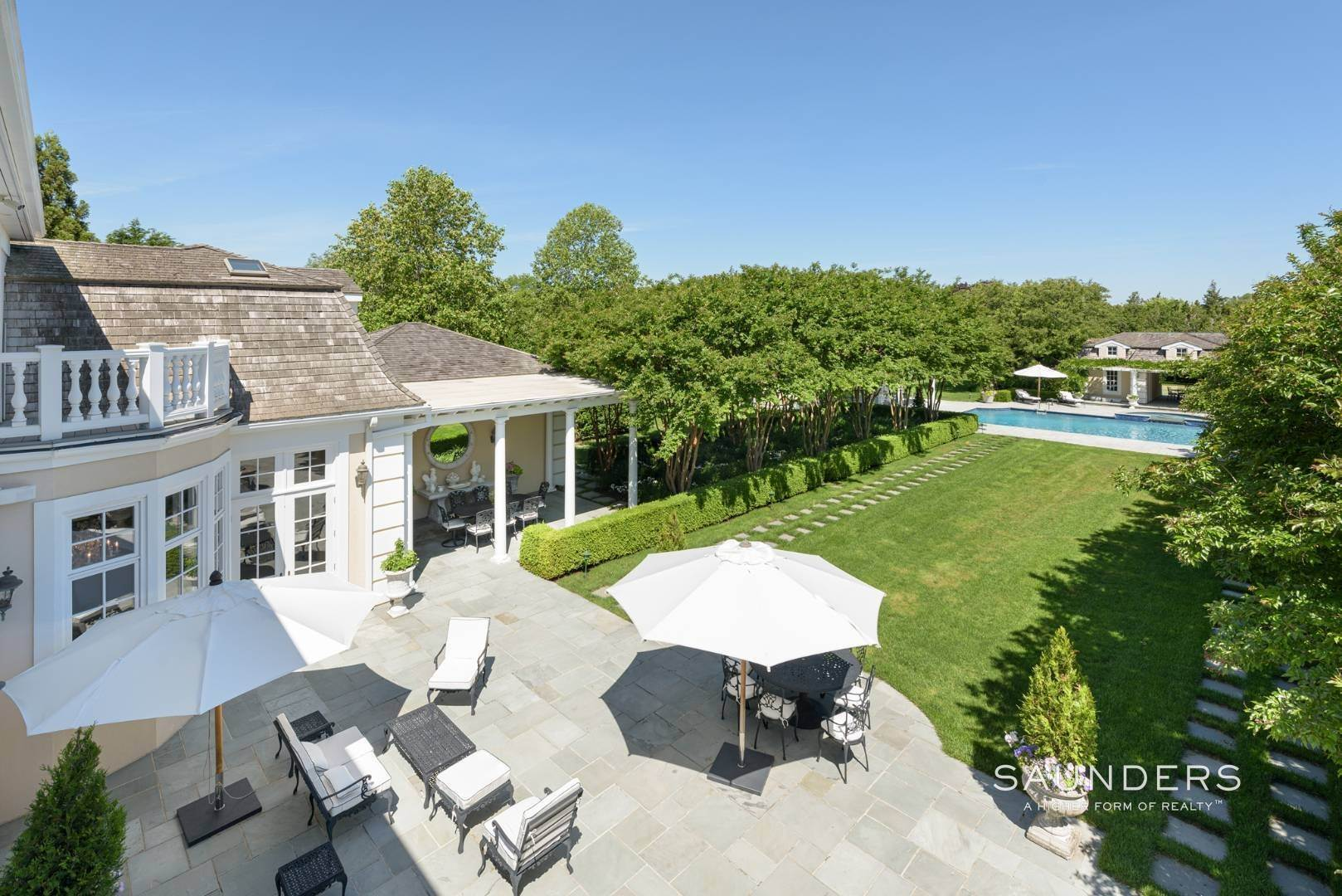 20. Single Family Homes at Magnificent Southampton Estate Southampton, Southampton Town, NY 11968