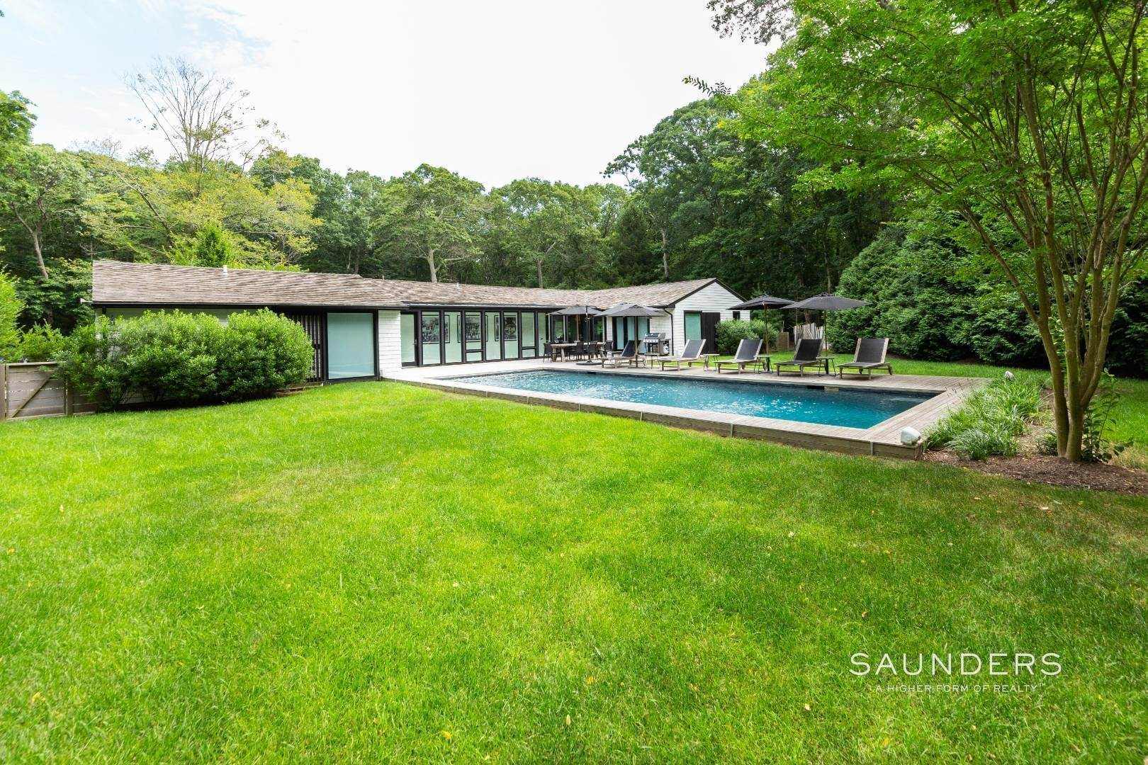 4. Single Family Homes for Sale at Northwest Woods Sophistication 229 Cedar Street, East Hampton, East Hampton Town, NY 11937