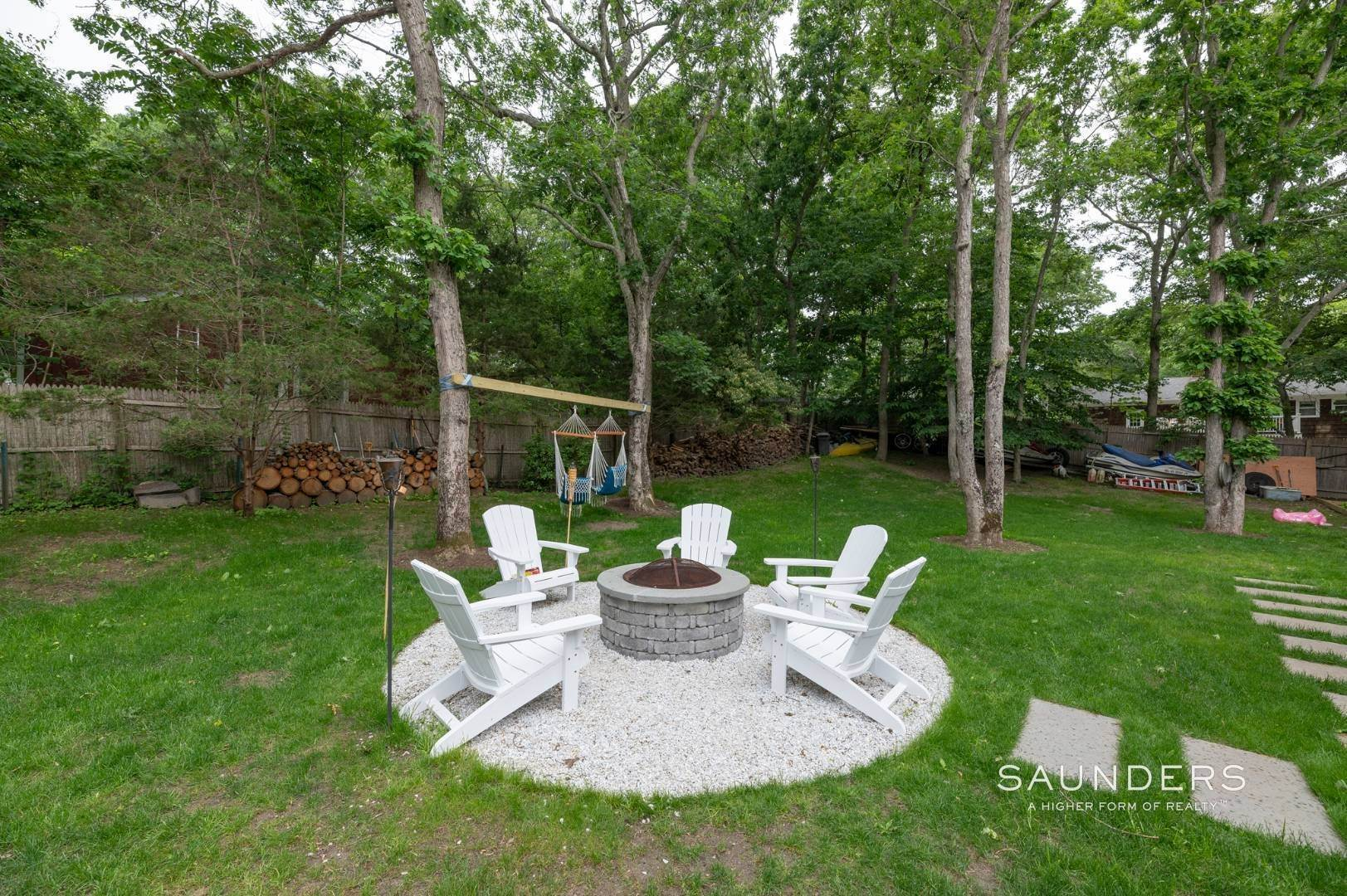 21. Single Family Homes at Renovated In Springs With Pool And Outdoor Entertaining 28 Ocean View Avenue, East Hampton, East Hampton Town, NY 11937