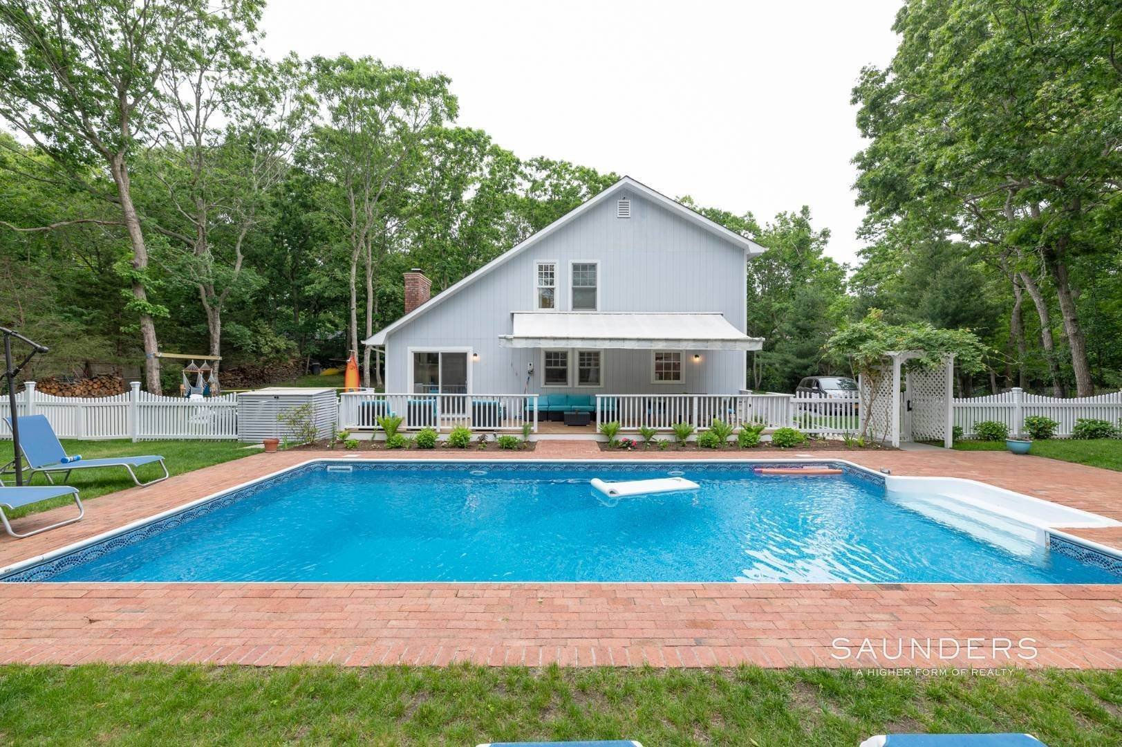 Single Family Homes for Sale at Renovated In Springs With Pool And Outdoor Entertaining 28 Ocean View Avenue, East Hampton, East Hampton Town, NY 11937