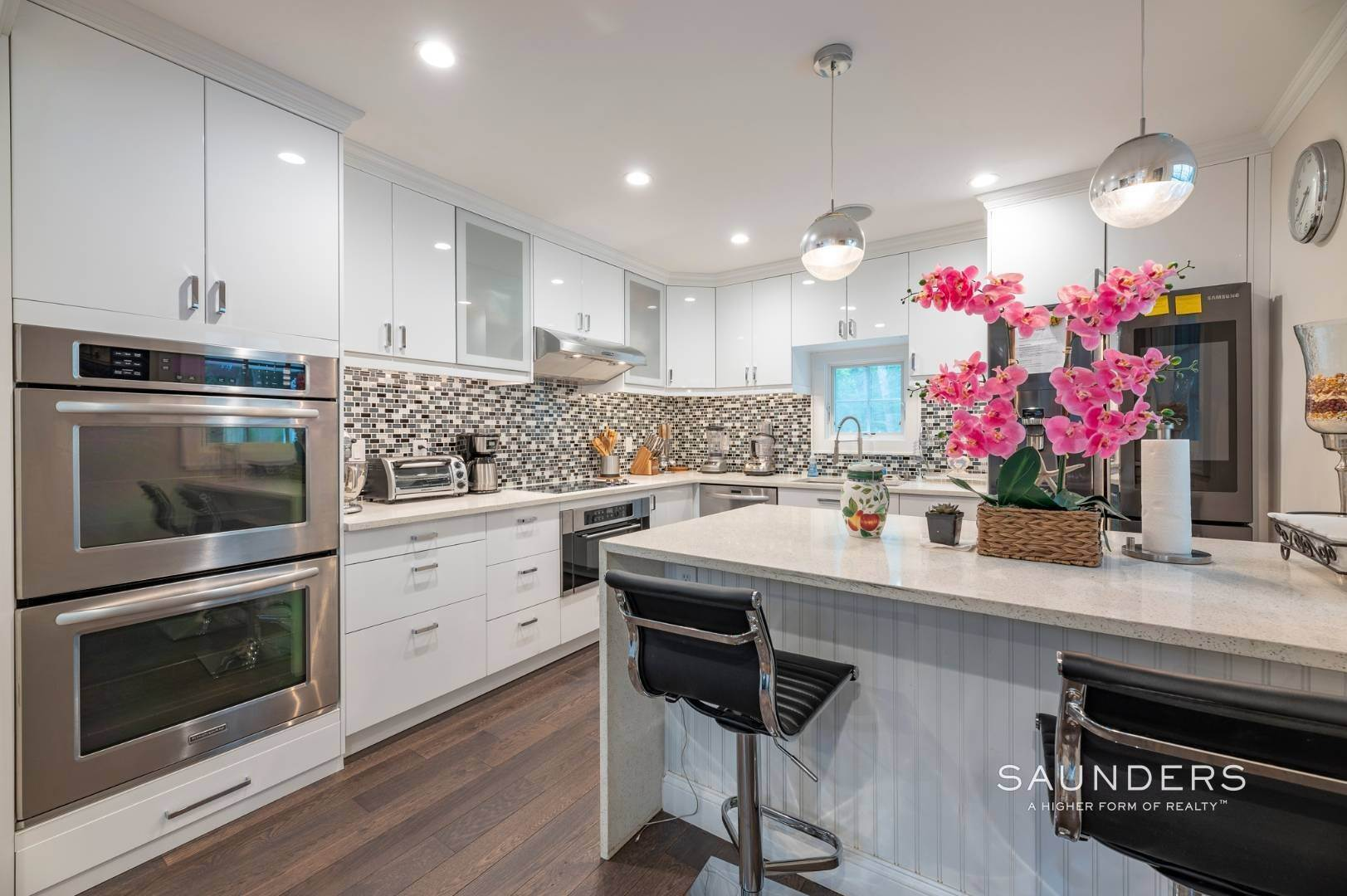 6. Single Family Homes at Renovated In Springs With Pool And Outdoor Entertaining 28 Ocean View Avenue, East Hampton, East Hampton Town, NY 11937