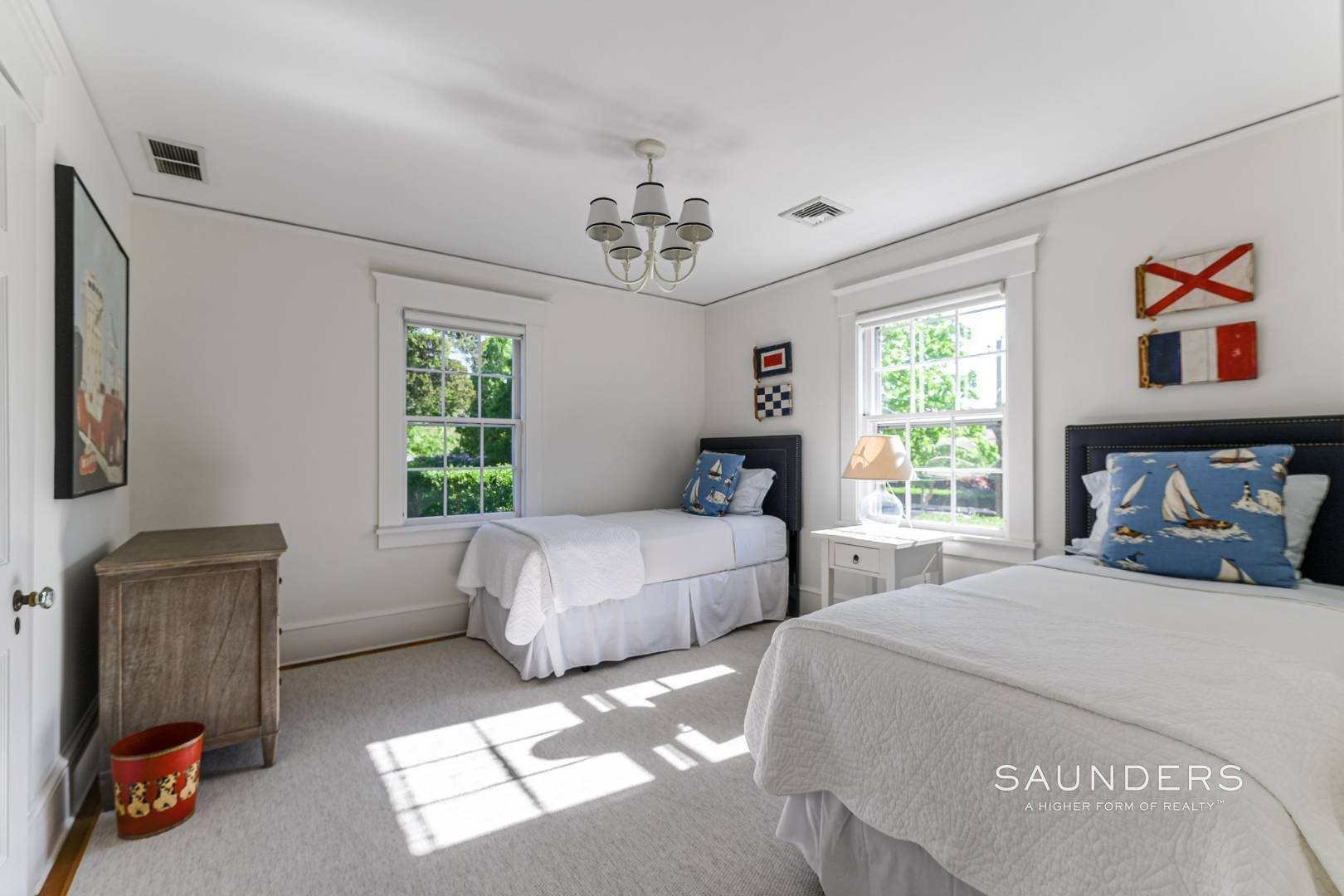 16. Single Family Homes for Sale at Perfect Southampton Village Home With Pool Southampton, Southampton Town, NY 11968