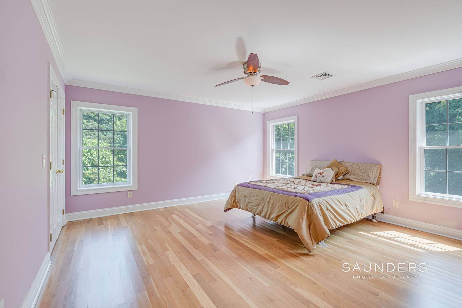 15. Single Family Homes for Sale at Turnkey In Southampton 20 Waters Edge Road, Southampton, Southampton Town, NY 11968