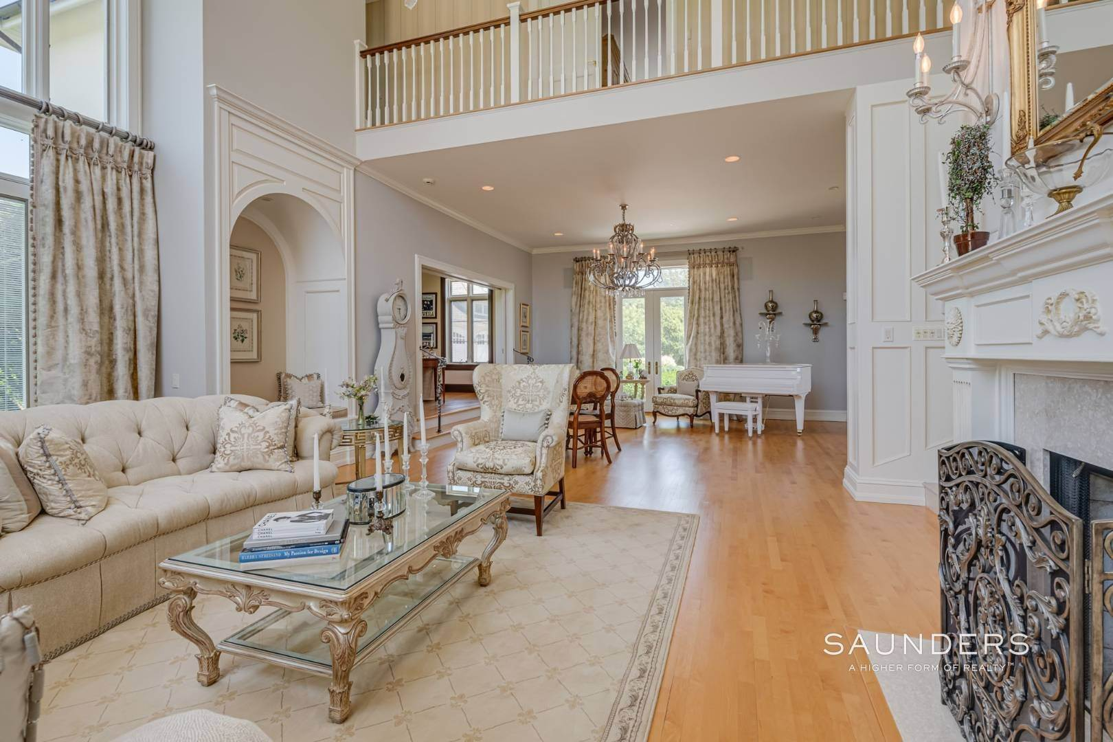 7. Single Family Homes for Sale at Elegant Classic Fordune Water Mill Estate 25 Fordune Court, Water Mill, Southampton Town, NY 11976