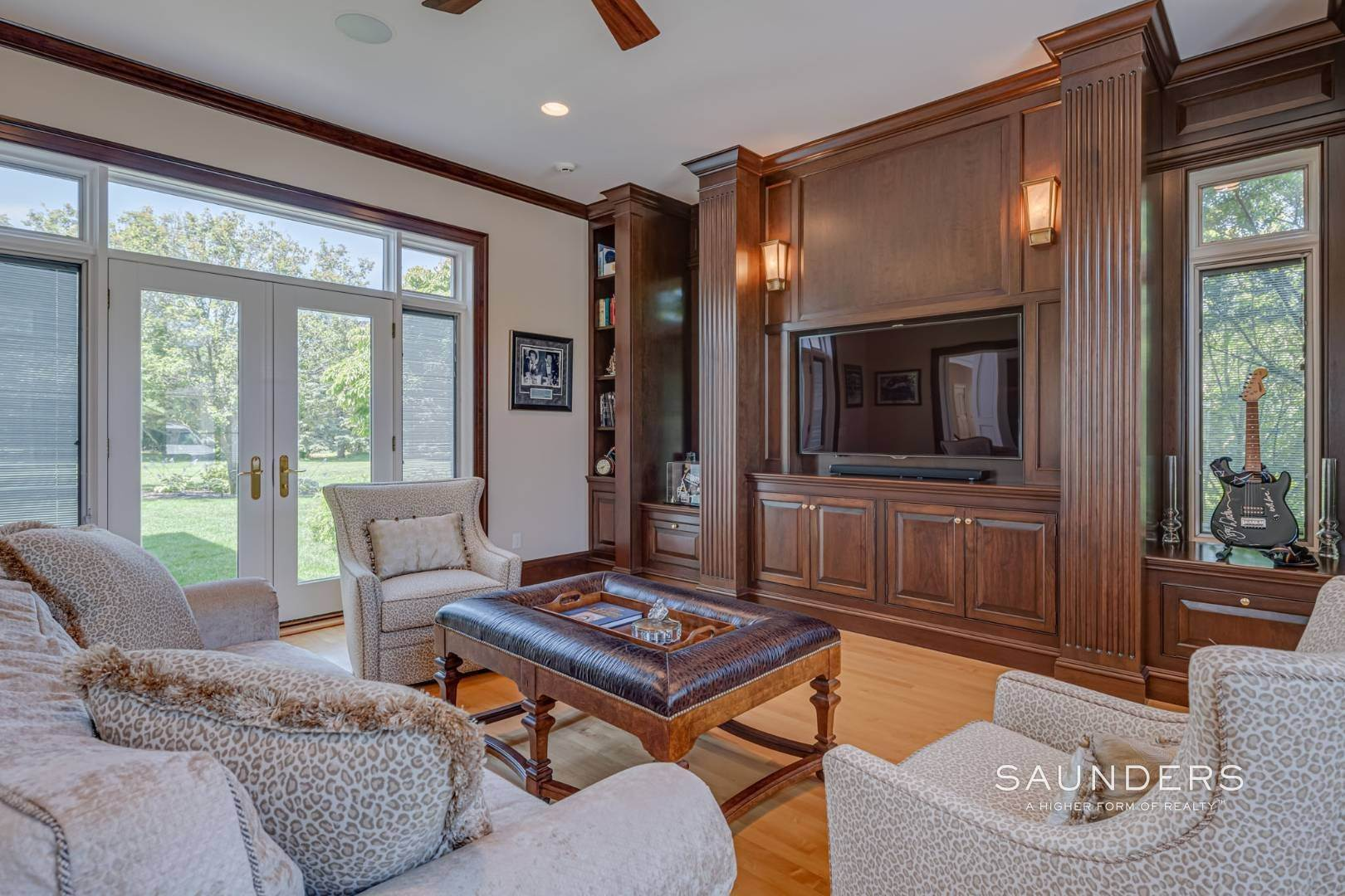 8. Single Family Homes for Sale at Elegant Classic Fordune Water Mill Estate 25 Fordune Court, Water Mill, Southampton Town, NY 11976