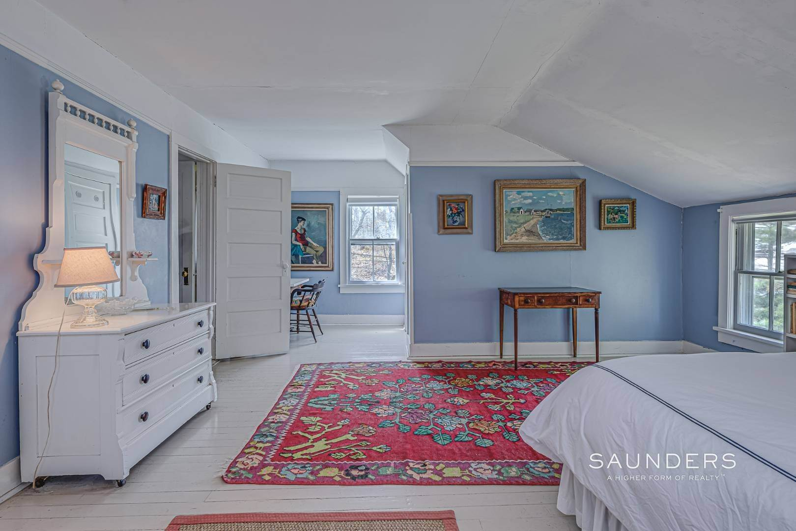 11. Single Family Homes at Charming Cottage By The Bay 2 Turtle Pond Road, Southampton, Southampton Town, NY 11968