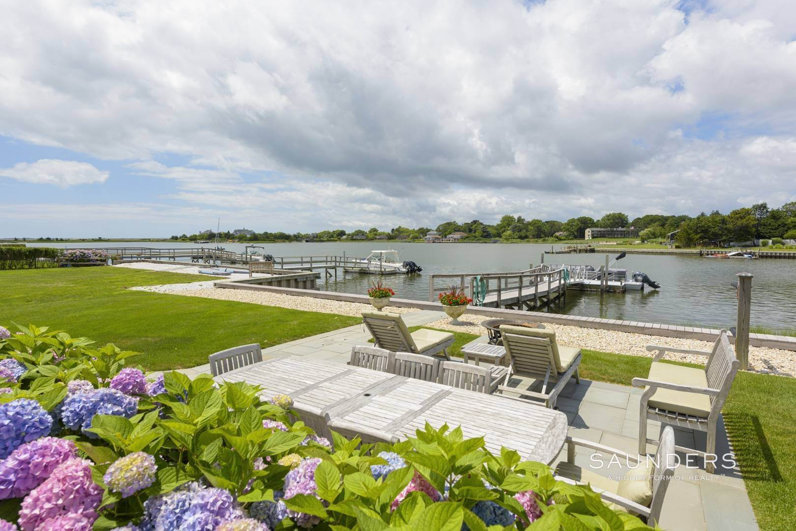 4. Single Family Homes for Sale at Southampton Waterfront With Dock 7 Middle Pond Lane, Southampton, Southampton Town, NY 11968