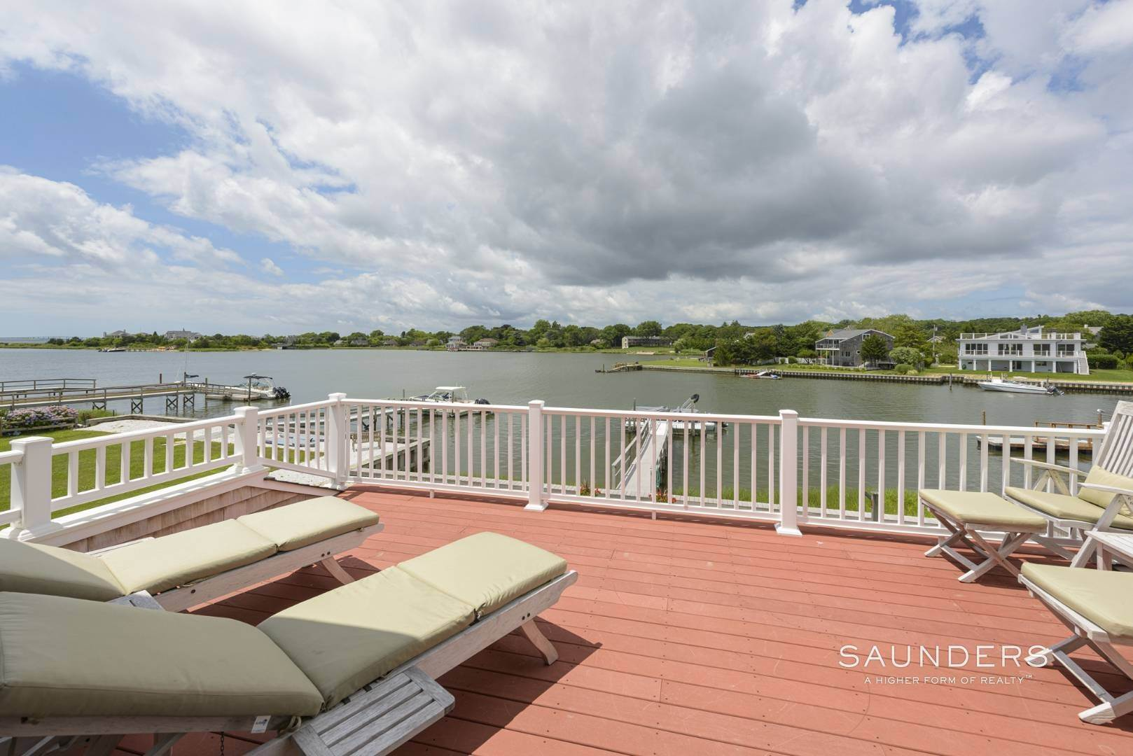 13. Single Family Homes for Sale at Southampton Waterfront With Dock 7 Middle Pond Lane, Southampton, Southampton Town, NY 11968