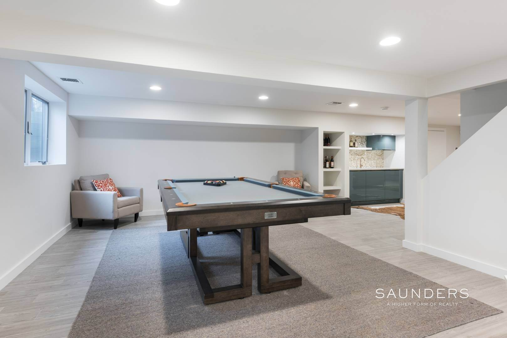 20. Single Family Homes for Sale at Sagaponack Impeccable Newly Renovated Contemporary 877 Sagg Road, Sagaponack, Southampton Town, NY 11962