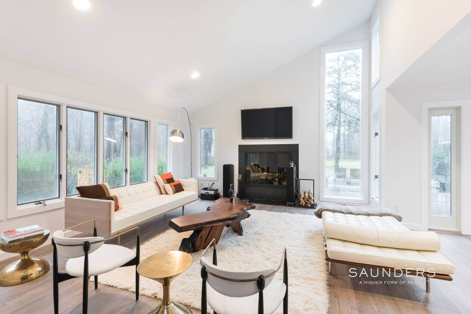 4. Single Family Homes for Sale at Sagaponack Impeccable Newly Renovated Contemporary 877 Sagg Road, Sagaponack, Southampton Town, NY 11962