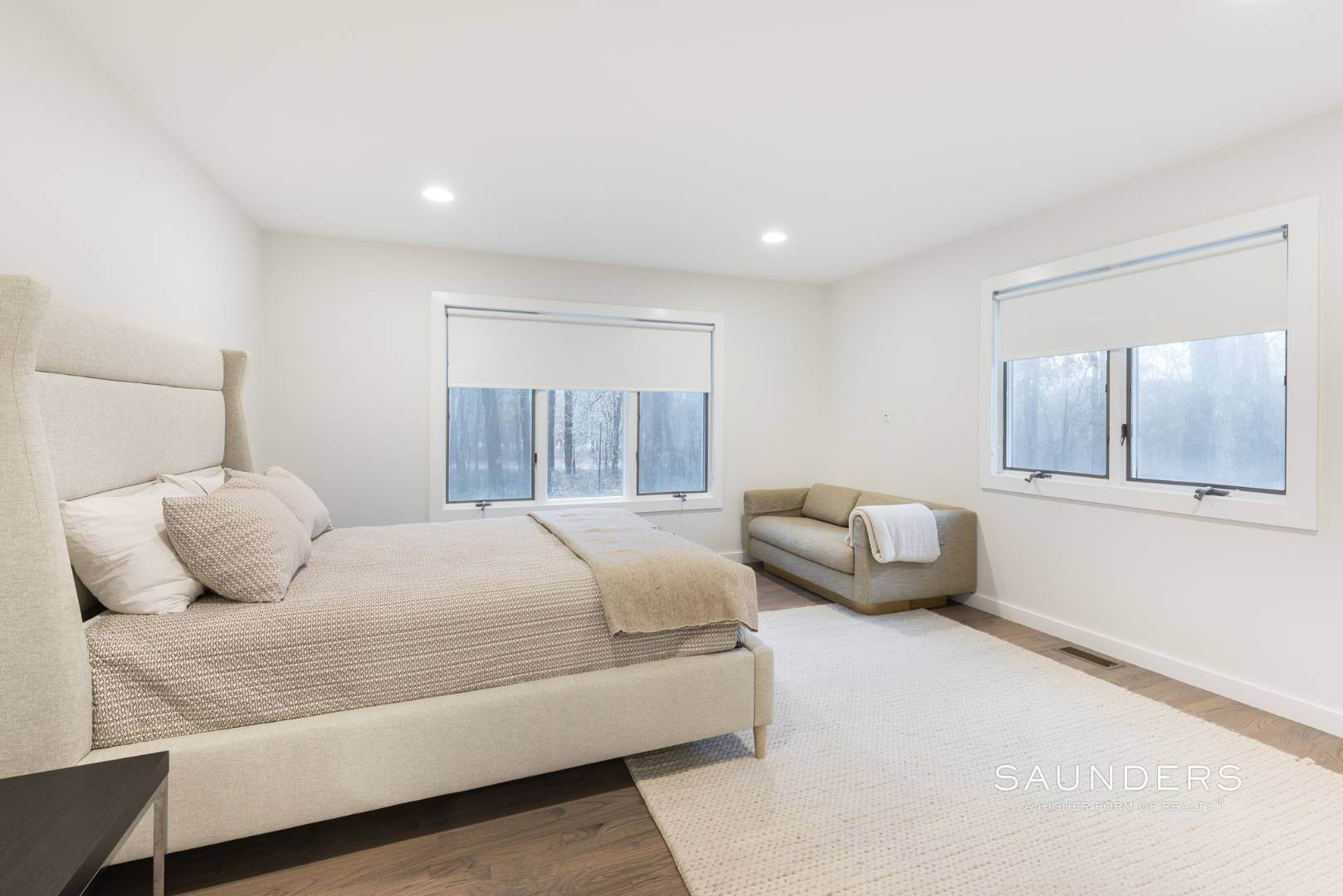 15. Single Family Homes for Sale at Sagaponack Impeccable Newly Renovated Contemporary 877 Sagg Road, Sagaponack, Southampton Town, NY 11962