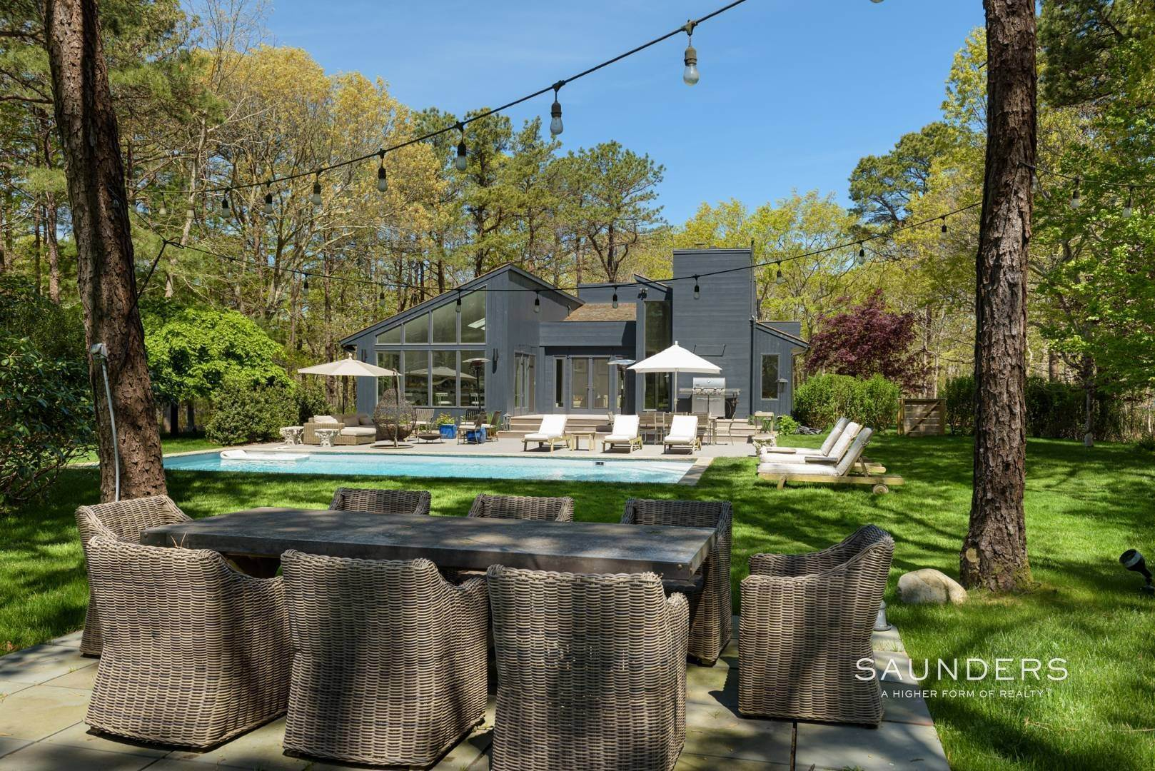 28. Single Family Homes for Sale at Sagaponack Impeccable Newly Renovated Contemporary 877 Sagg Road, Sagaponack, Southampton Town, NY 11962