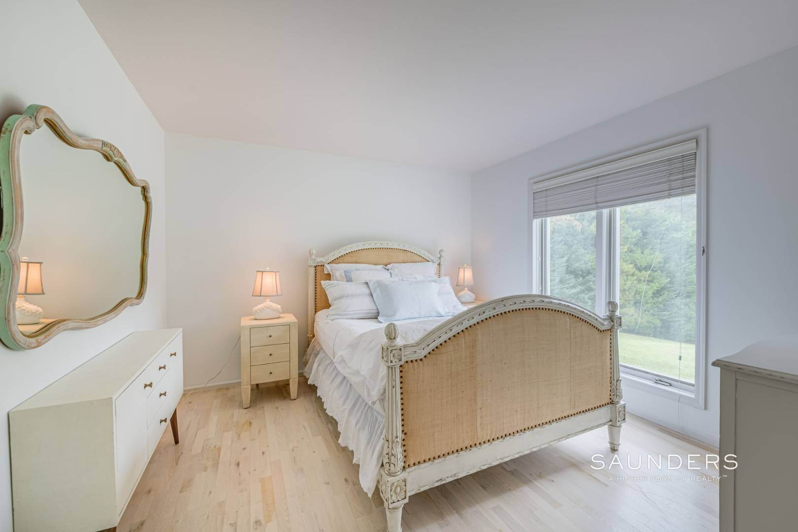 20. Single Family Homes at A Must See Beauty With Pool Water Mill 56 Lower Seven Ponds Road, Water Mill, Southampton Town, NY 11976