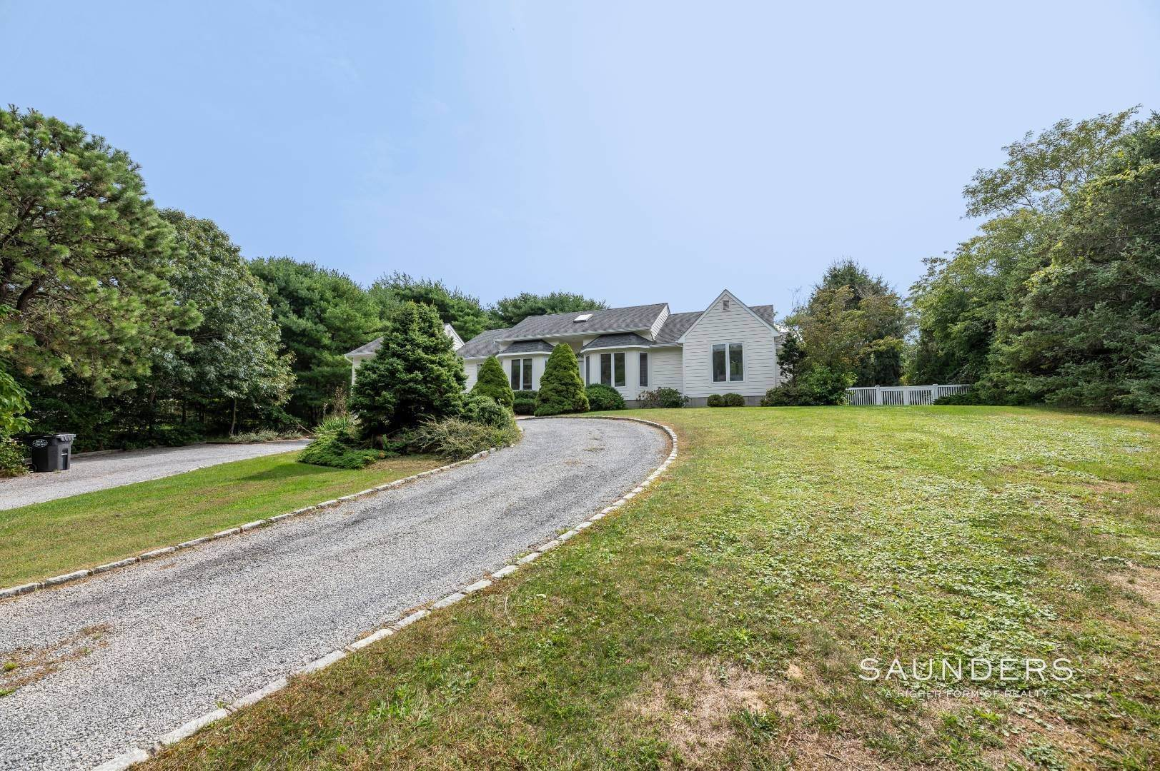 4. Single Family Homes at A Must See Beauty With Pool Water Mill 56 Lower Seven Ponds Road, Water Mill, Southampton Town, NY 11976