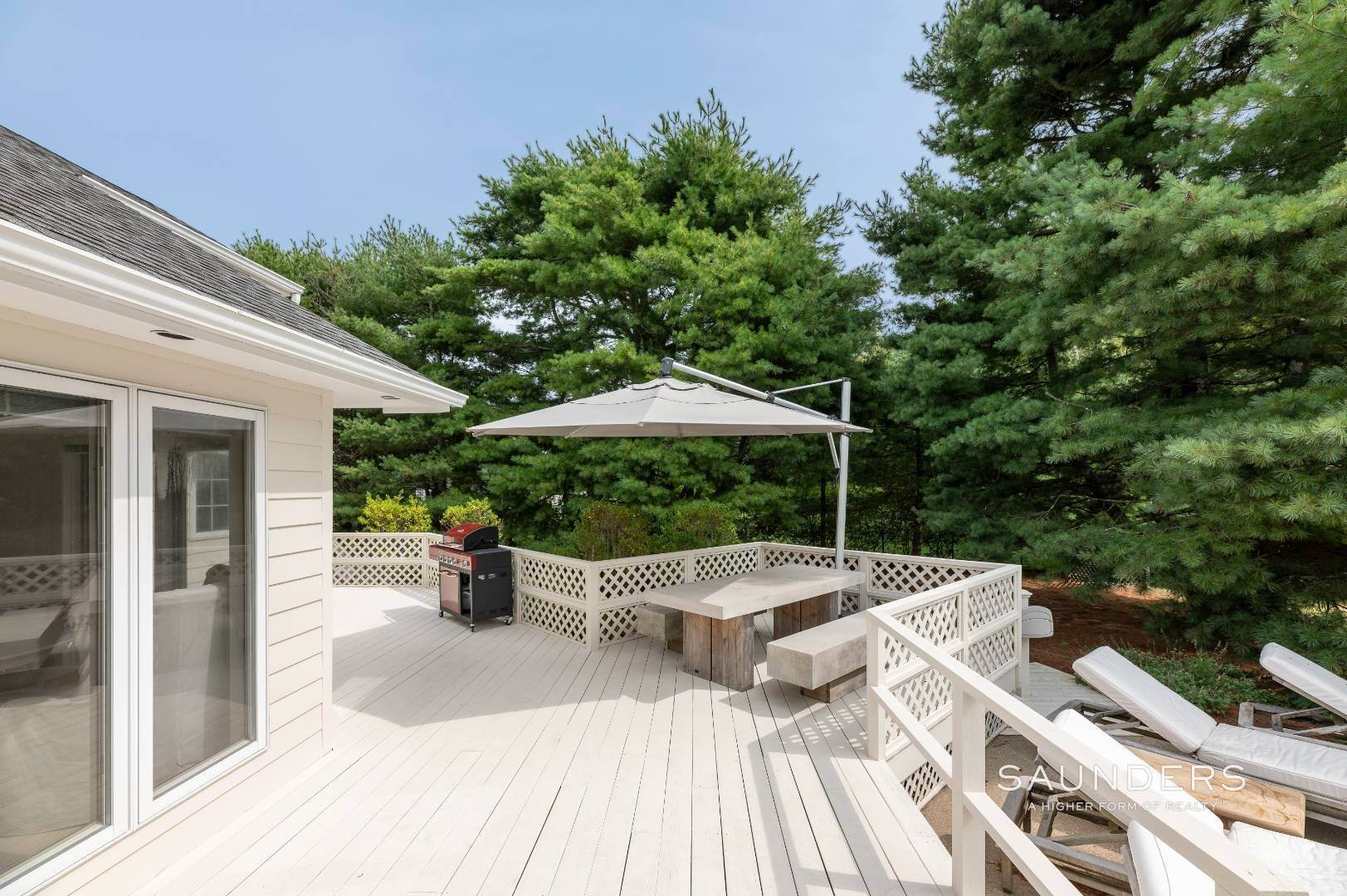 26. Single Family Homes at A Must See Beauty With Pool Water Mill 56 Lower Seven Ponds Road, Water Mill, Southampton Town, NY 11976