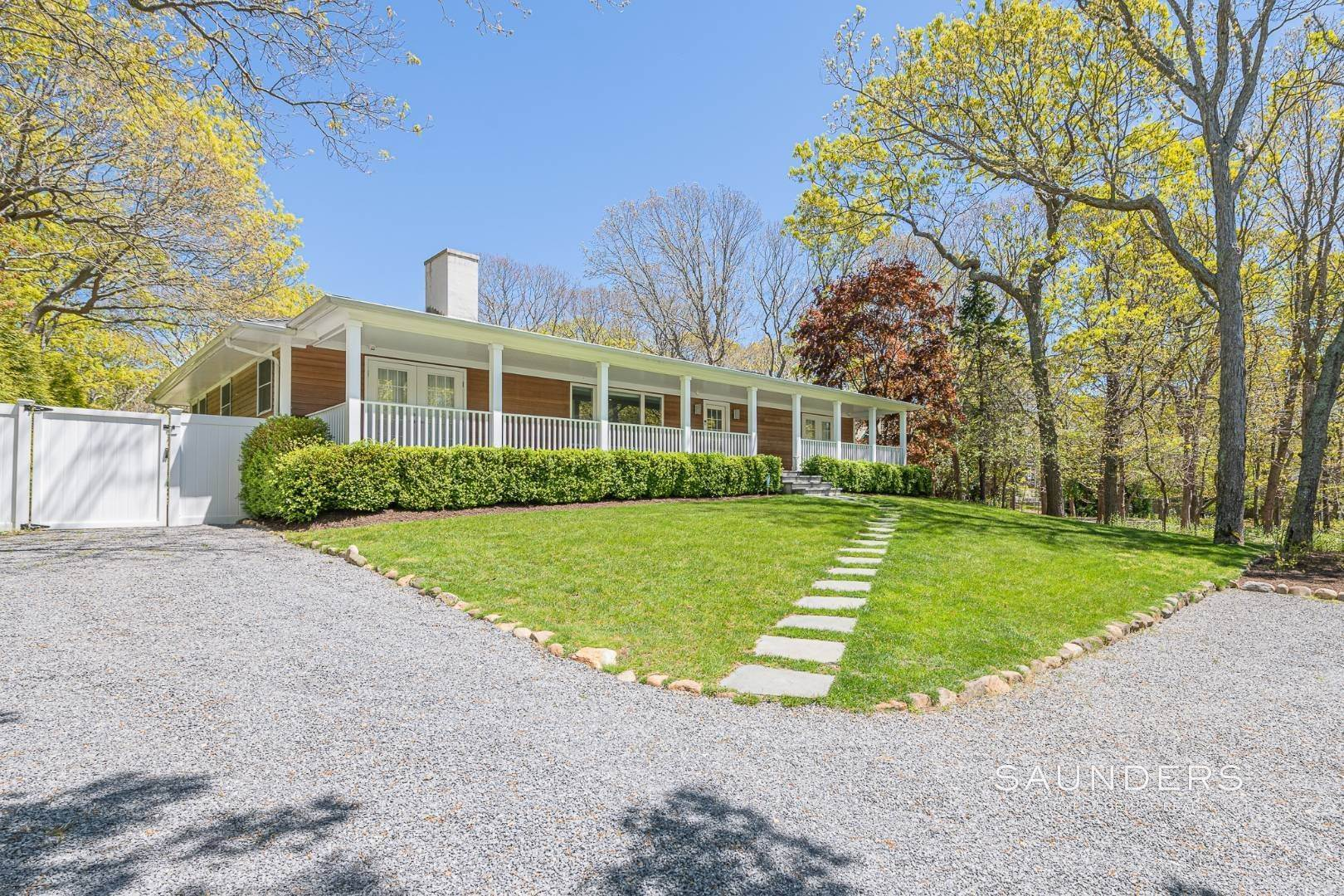 Single Family Homes for Sale at East Hampton Ranch/Contemporary 104 Springy Banks Road, East Hampton, East Hampton Town, NY 11937