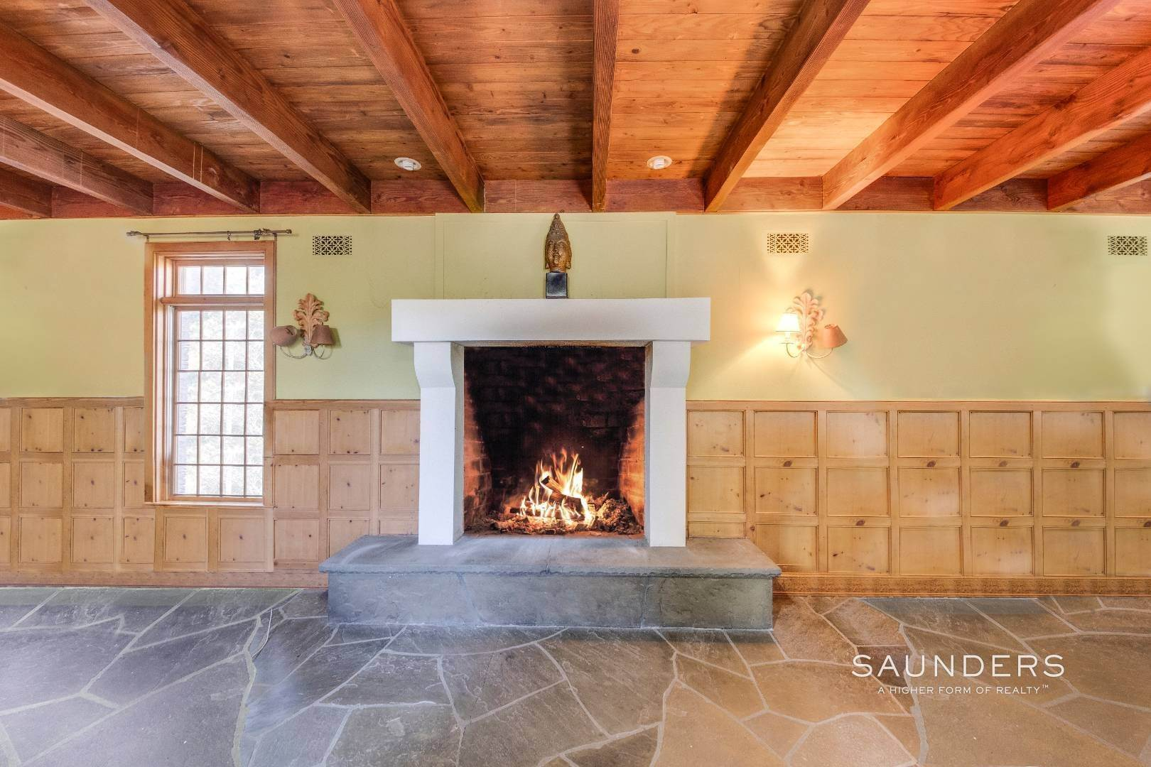 10. Single Family Homes for Sale at The Castle In Montauk 34 Foxboro Road, Montauk, East Hampton Town, NY 11954