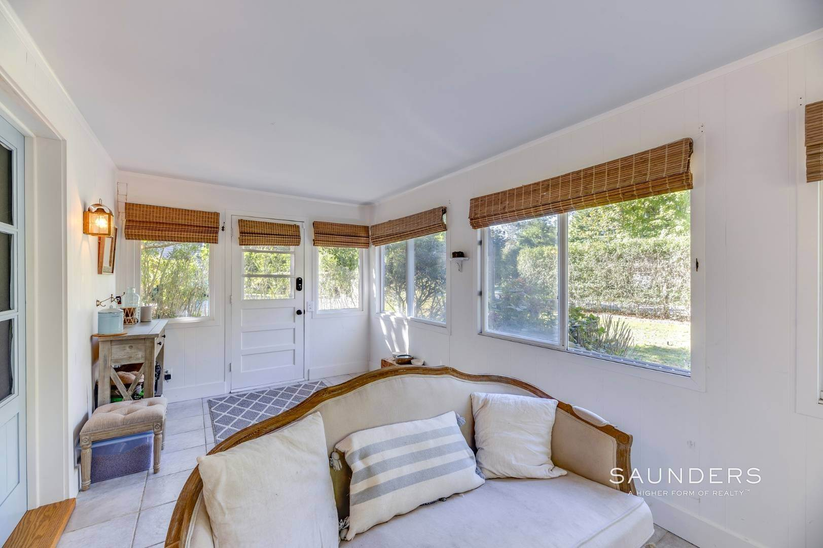 3. Single Family Homes for Sale at Turnkey Quogue South Cottage With All Modern Amenities 20 Lamb Avenue, Quogue Village, Southampton Town, NY 11959