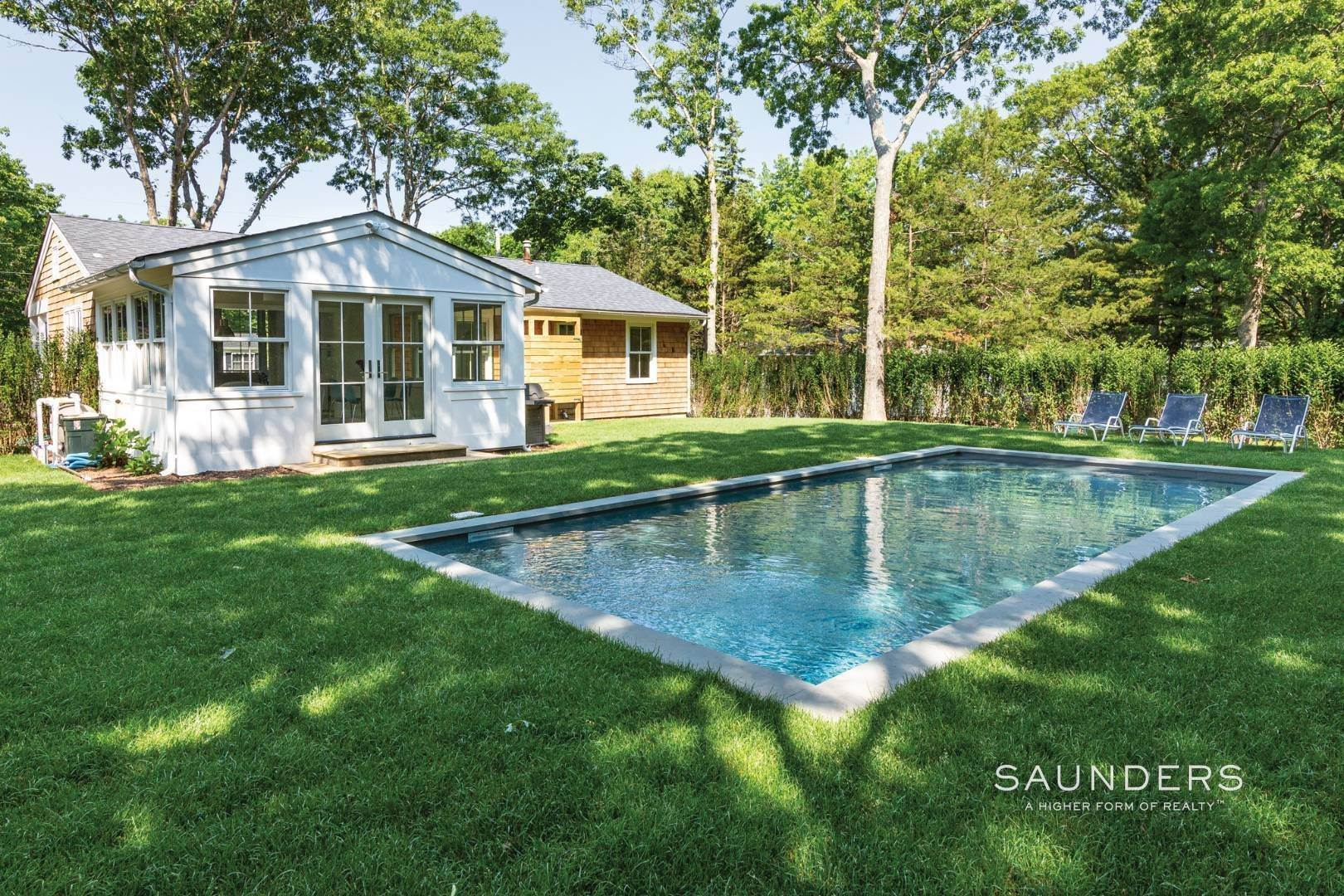 3. Single Family Homes at Summer In Style 38 Oak Drive, Sag Harbor, Southampton Town, NY 11963