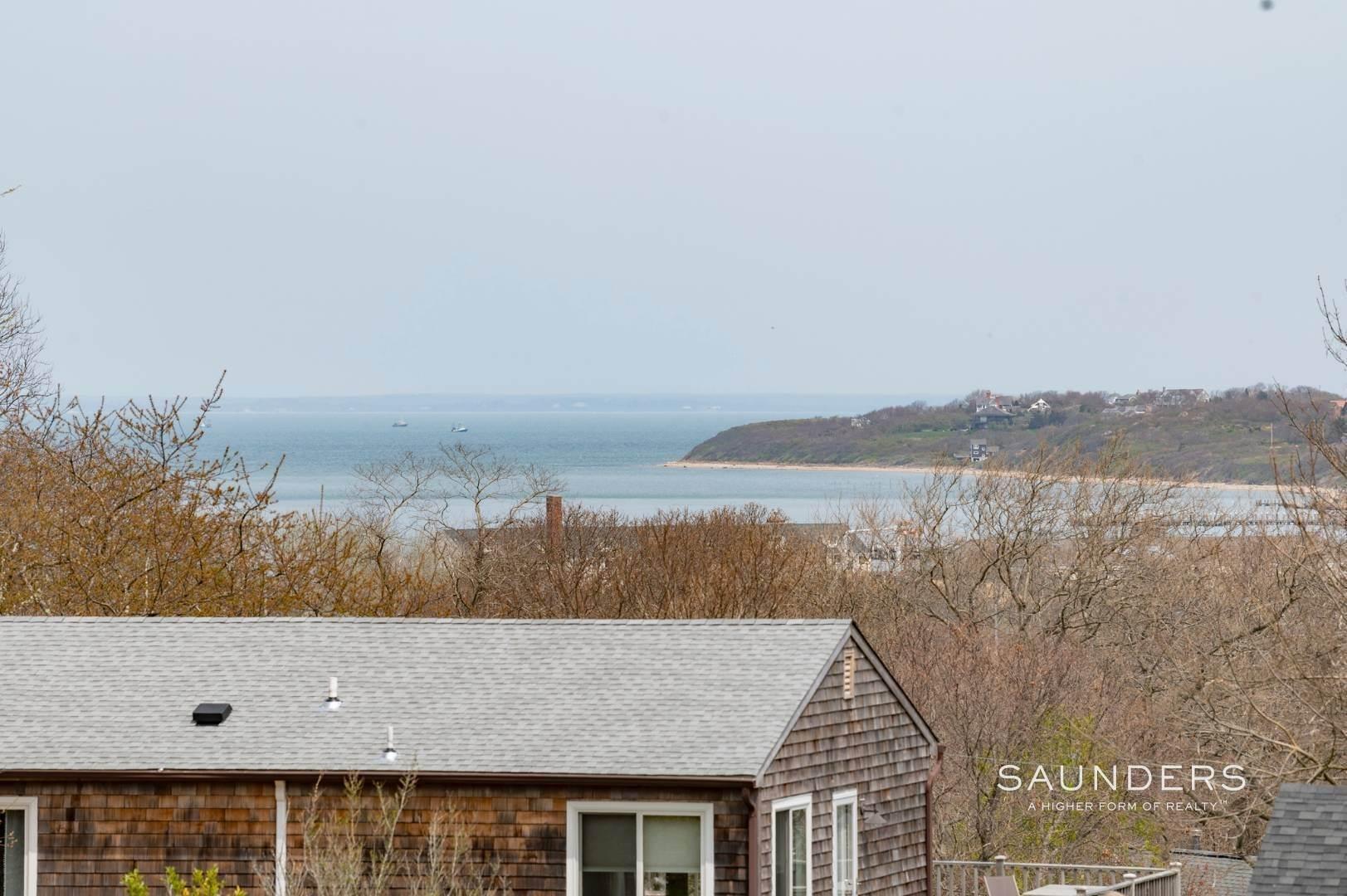 17. Single Family Homes at Charming Montauk Beach Cottages Montauk, East Hampton Town, NY 11954