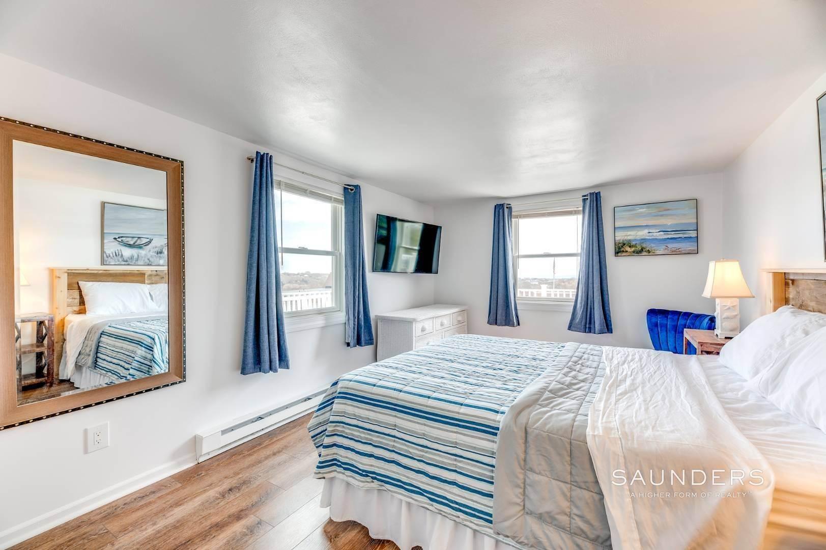 6. Single Family Homes at Charming Montauk Beach Cottages Montauk, East Hampton Town, NY 11954
