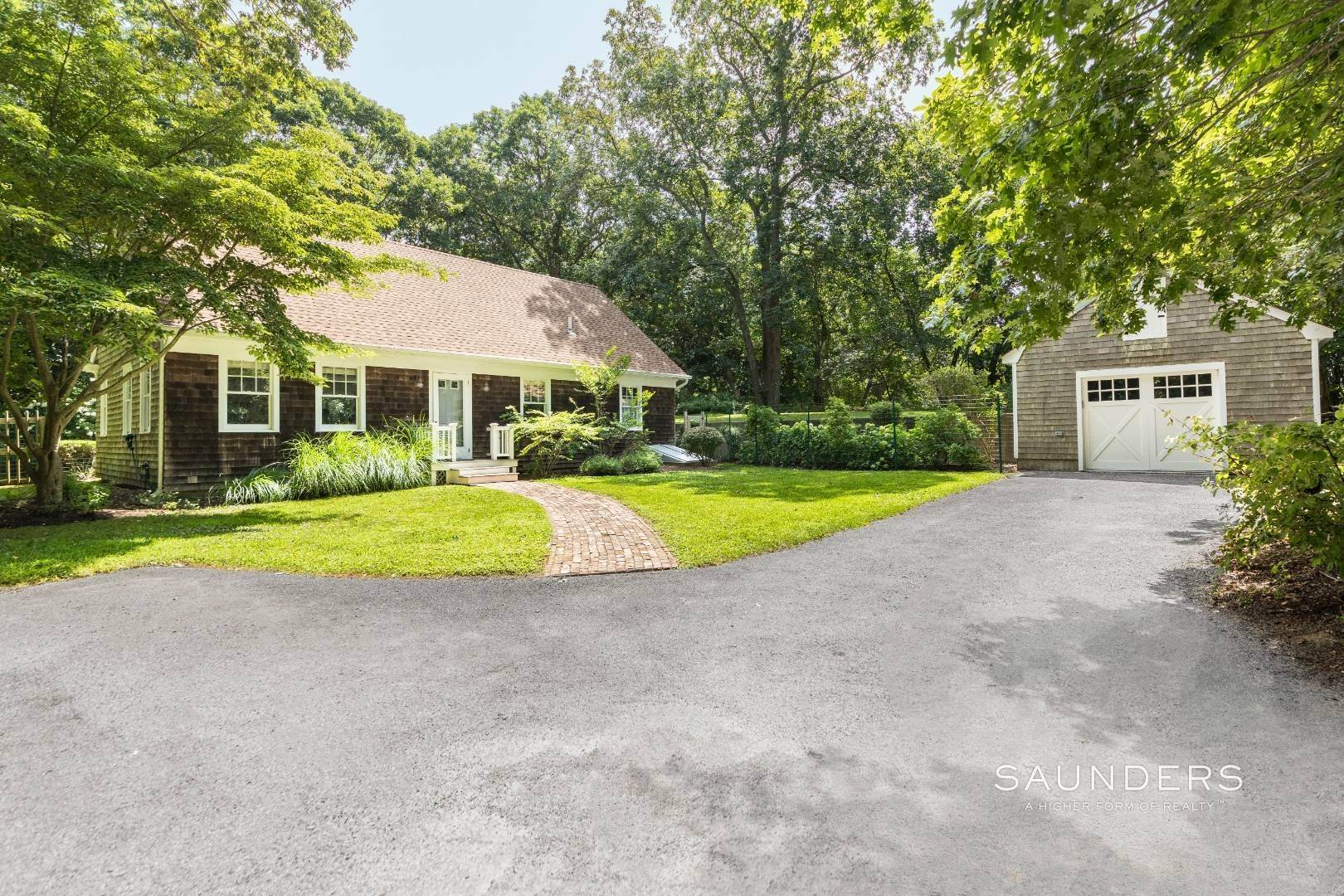 2. Single Family Homes for Sale at Charming Traditional Minutes From Village 10 Garbis Lane, East Hampton, East Hampton Town, NY 11937