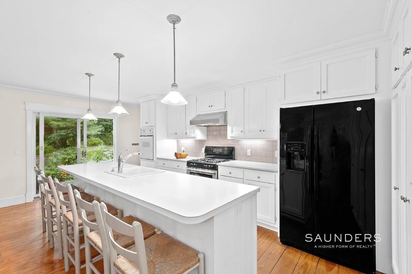 4. Single Family Homes for Sale at Charming Traditional Minutes From Village 10 Garbis Lane, East Hampton, East Hampton Town, NY 11937