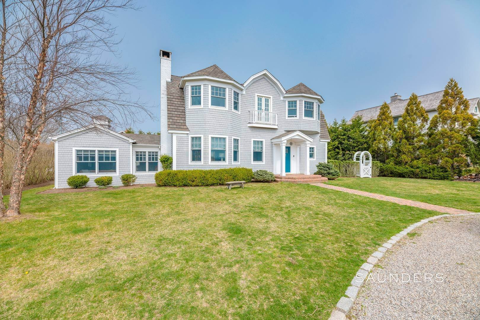 Single Family Homes at Location! Exclusive Exchange Place 4 Bedroom 30 Exchange Place, Westhampton Beach Village, Southampton Town, NY 11978