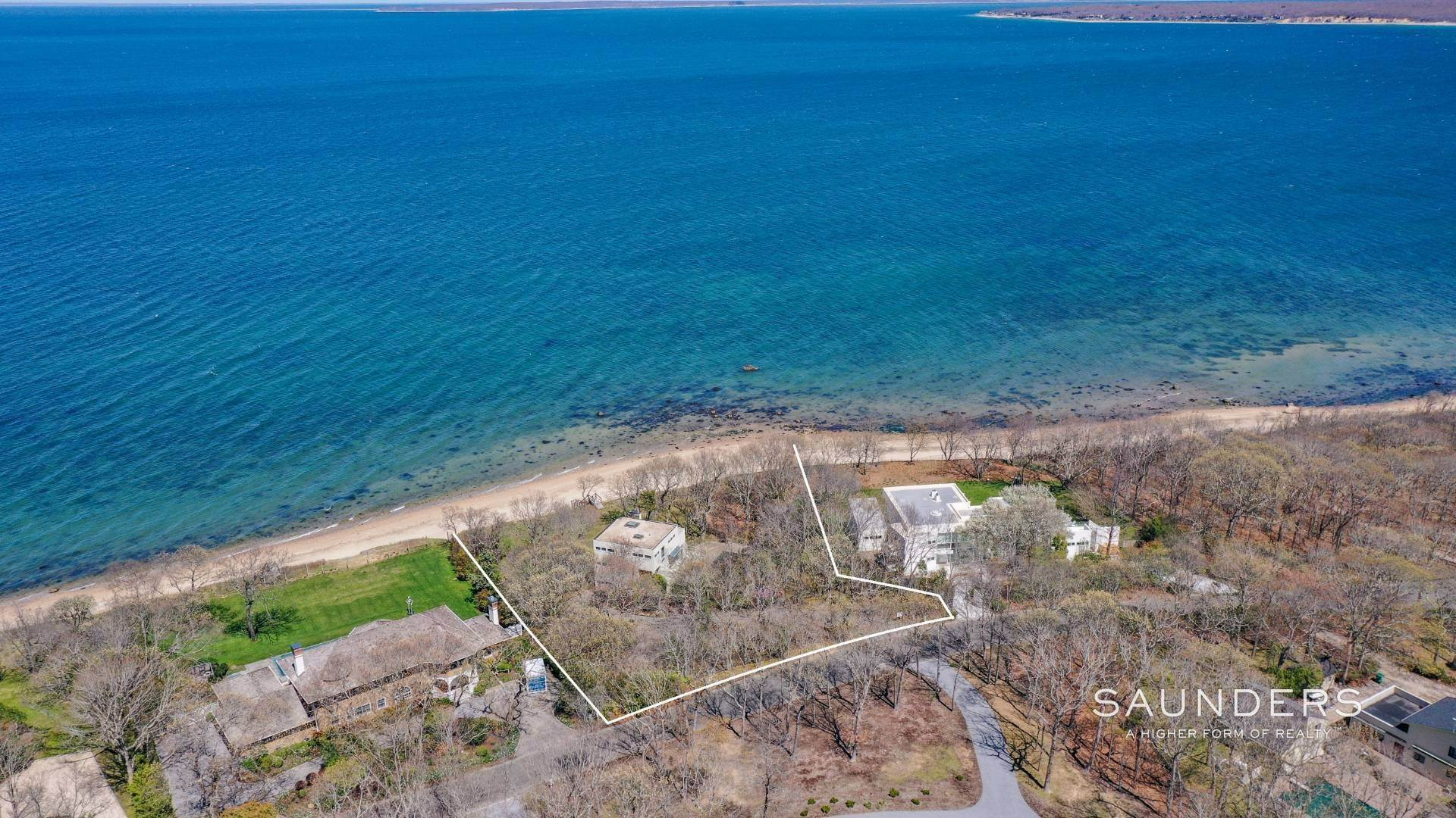 Single Family Homes for Sale at Gardiner's Bay Waterfront 42 Hedges Banks Drive, East Hampton, East Hampton Town, NY 11937