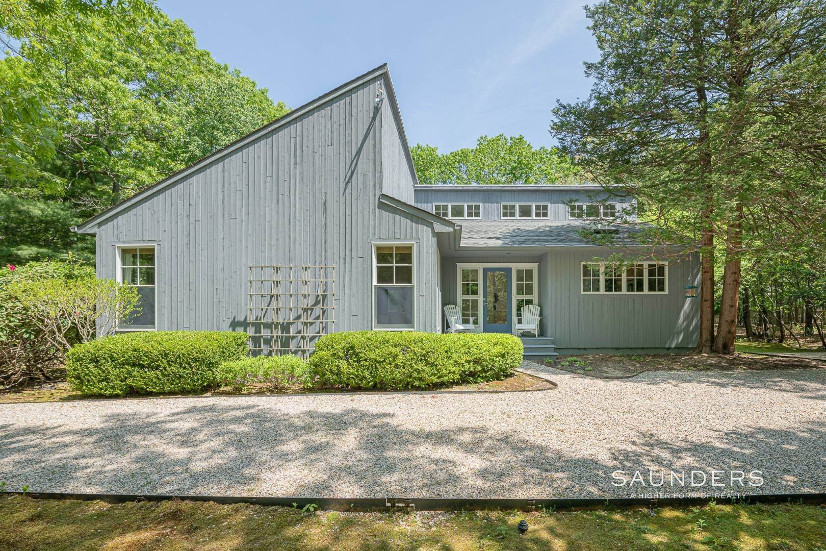 3. Single Family Homes for Sale at Beach House By The Bay 31 Long Woods Lane, East Hampton, East Hampton Town, NY 11937