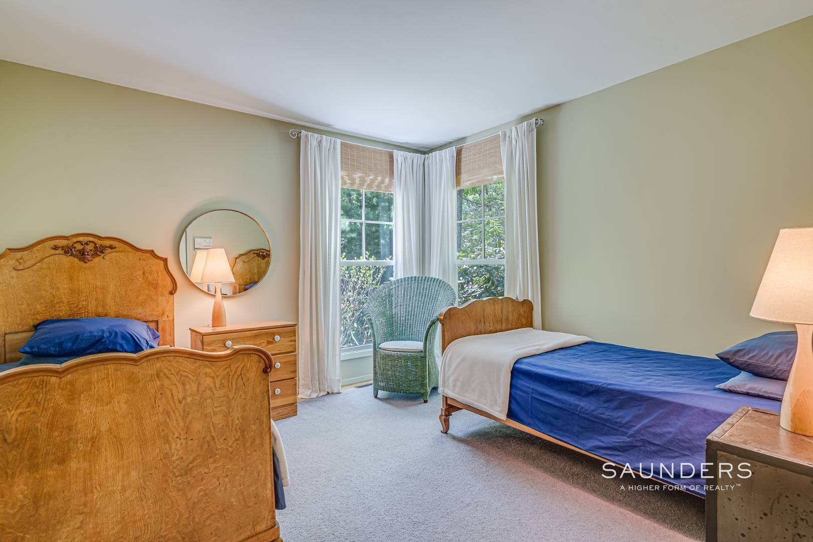 16. Single Family Homes for Sale at Beach House By The Bay 31 Long Woods Lane, East Hampton, East Hampton Town, NY 11937