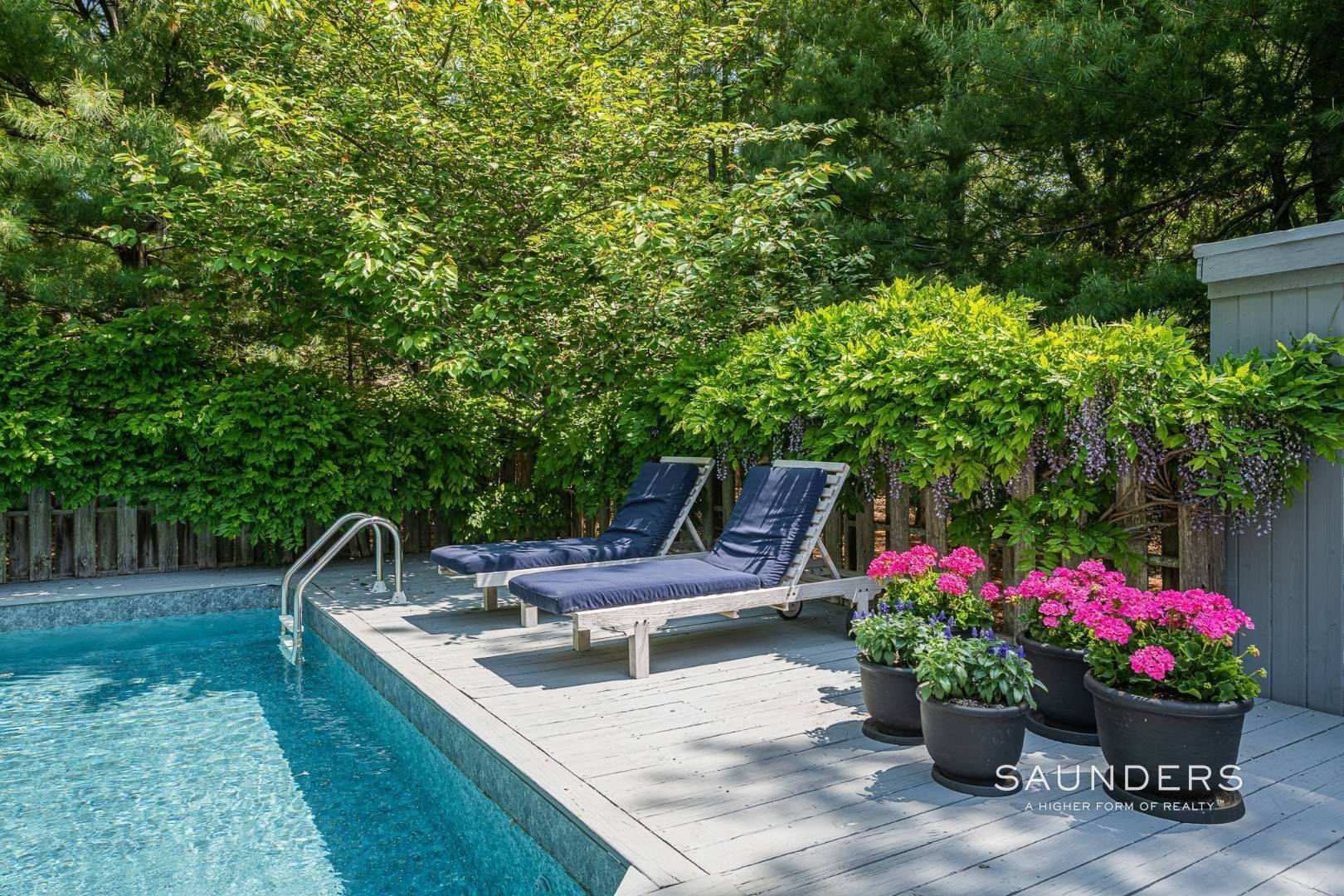 20. Single Family Homes for Sale at Beach House By The Bay 31 Long Woods Lane, East Hampton, East Hampton Town, NY 11937