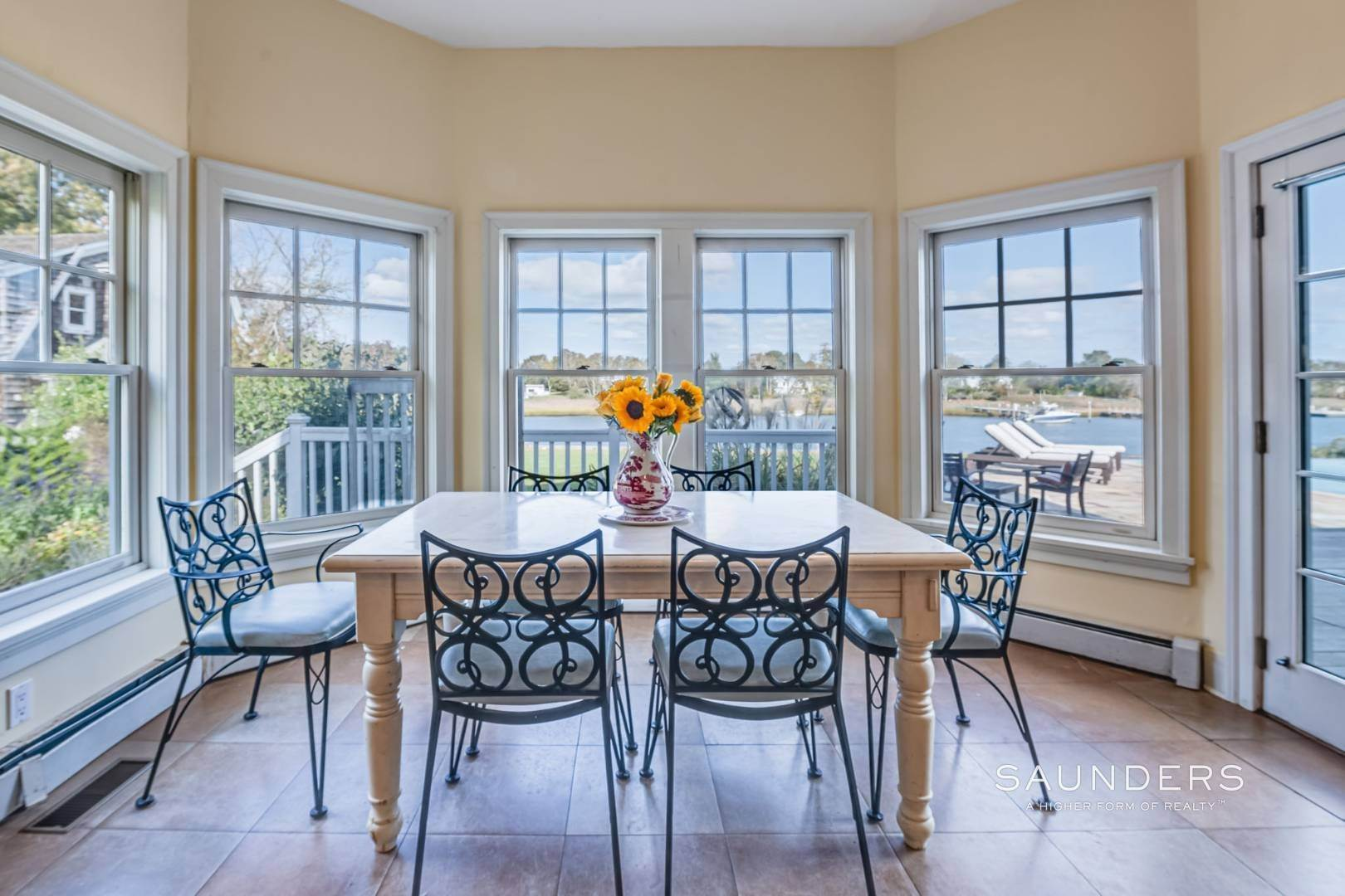18. Single Family Homes for Sale at South Of Highway Waterfront Traditional In Quogue 21 Old Point Road, Quogue Village, Southampton Town, NY 11959