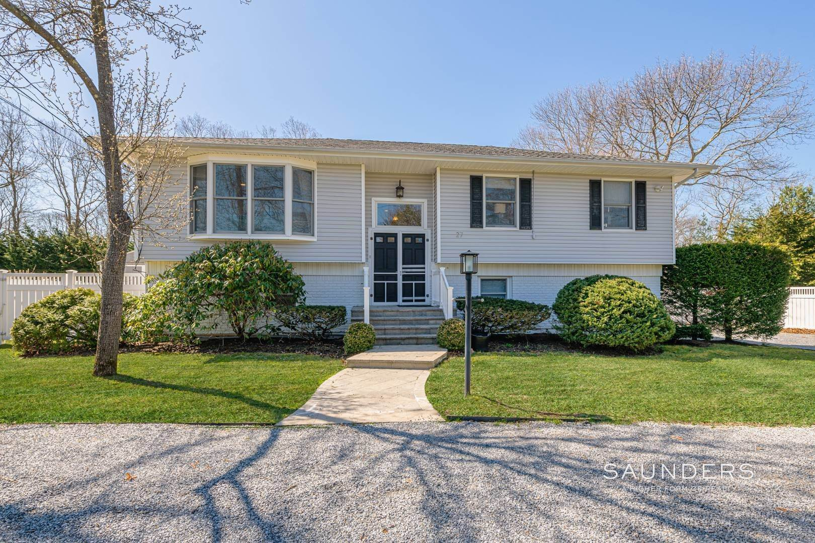 Single Family Homes at Wonderful Quiogue 27 Meeting House Road, Quiogue, Southampton Town, NY 11978