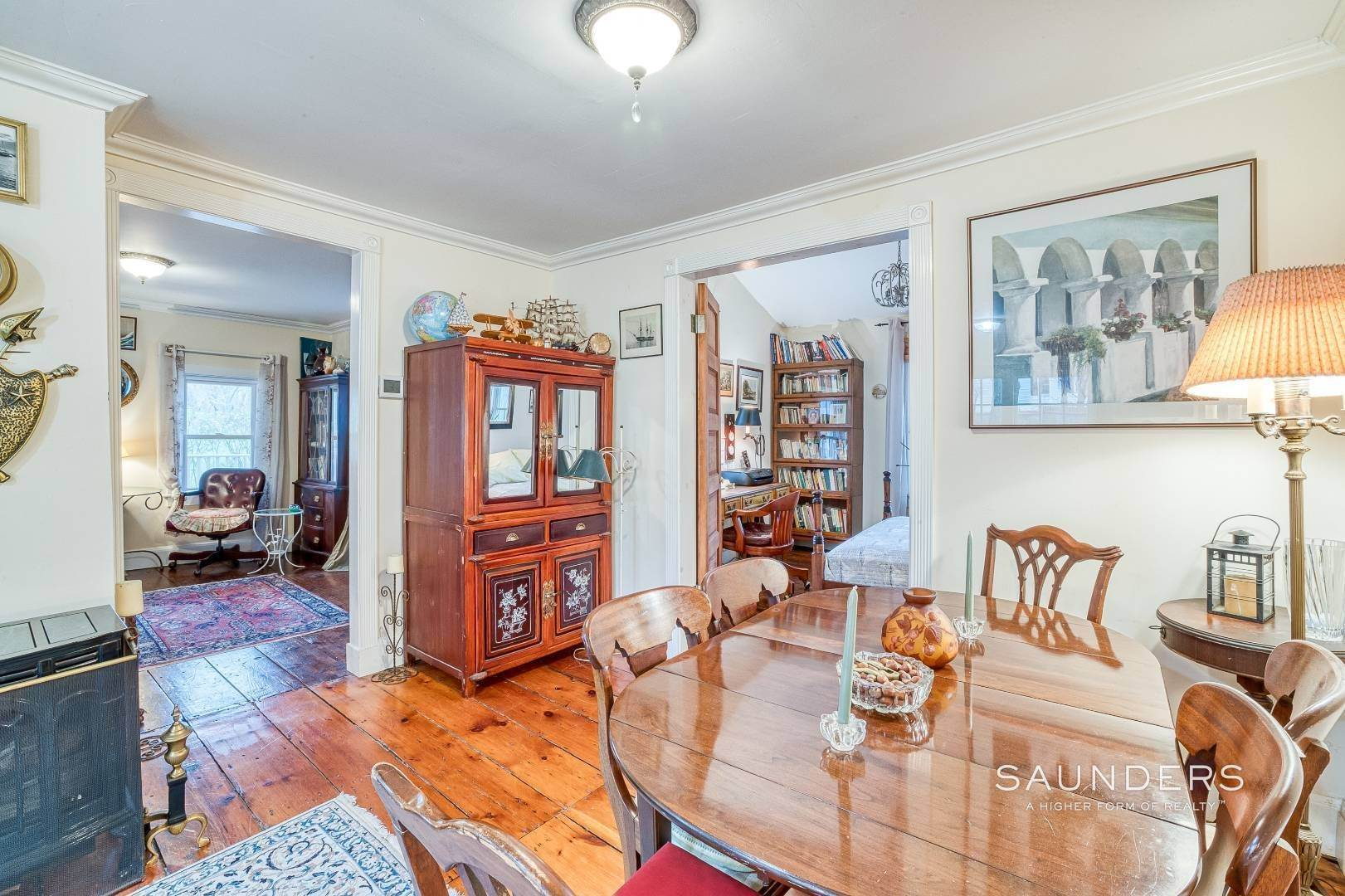 7. Single Family Homes for Sale at Shelter Island 1899 Farmhouse Close To Beach-Business Zoned 33 West Neck Road, Shelter Island Heights, Shelter Island, NY 11964
