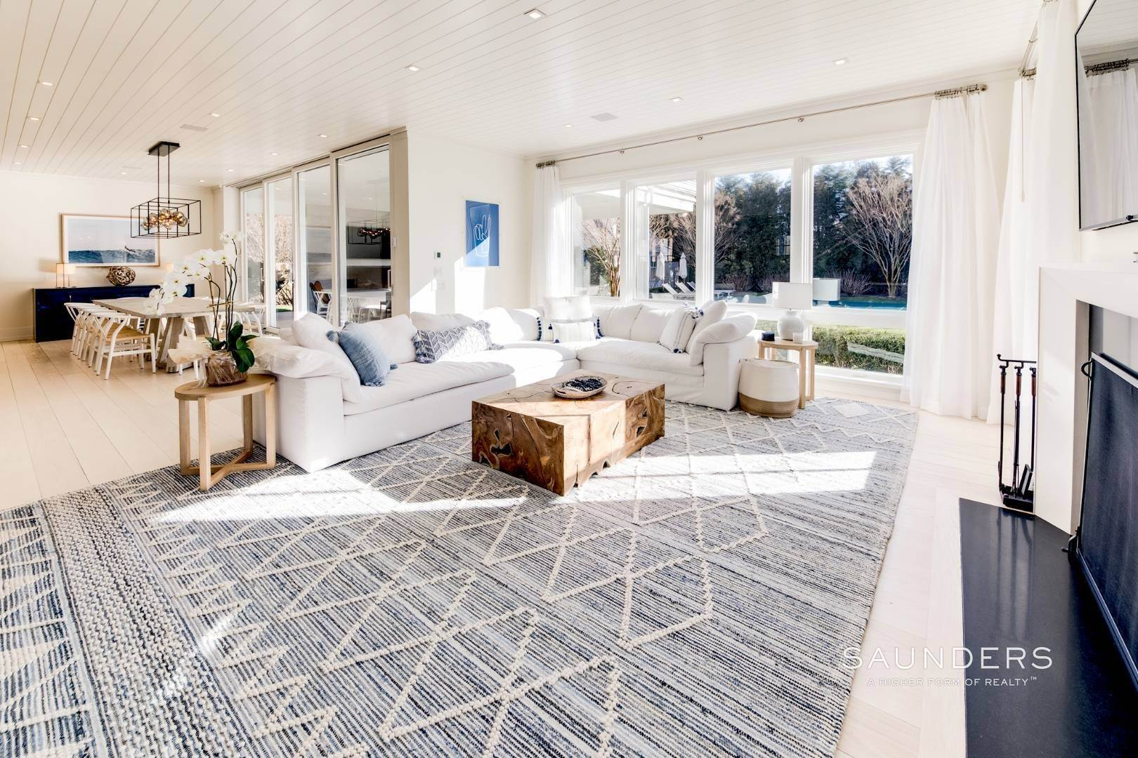 6. Single Family Homes at Exquisite Custom Home In The Heart Of East Hampton 8 Palma Terrace, East Hampton, East Hampton Town, NY 11937
