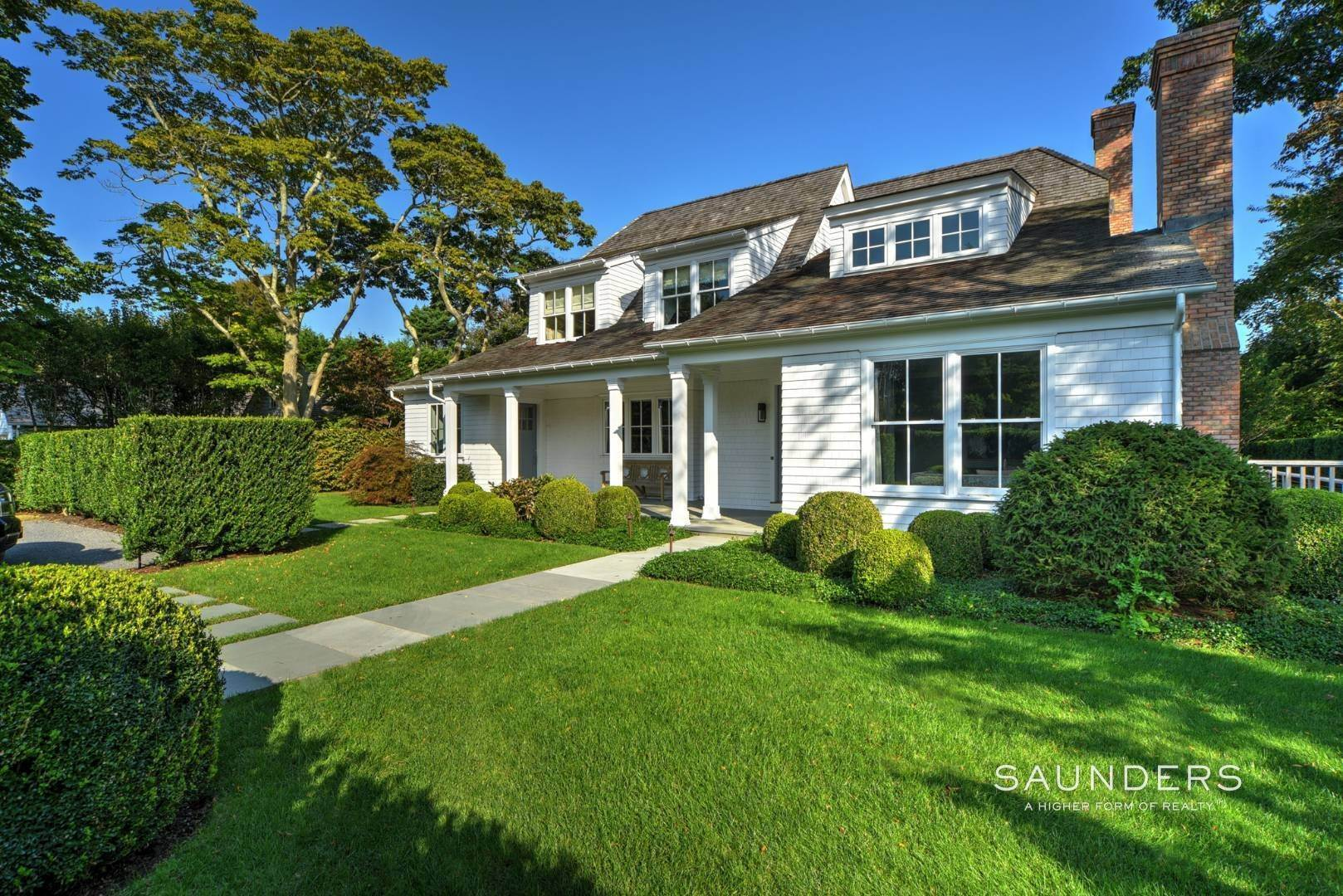 2. Single Family Homes at Exquisite Custom Home In The Heart Of East Hampton 8 Palma Terrace, East Hampton, East Hampton Town, NY 11937