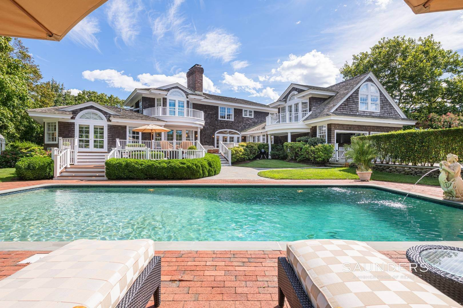3. Single Family Homes for Sale at Classic Elegance In The Heart Of Quogue Village 68 Quogue Street, Quogue Village, Southampton Town, NY 11959
