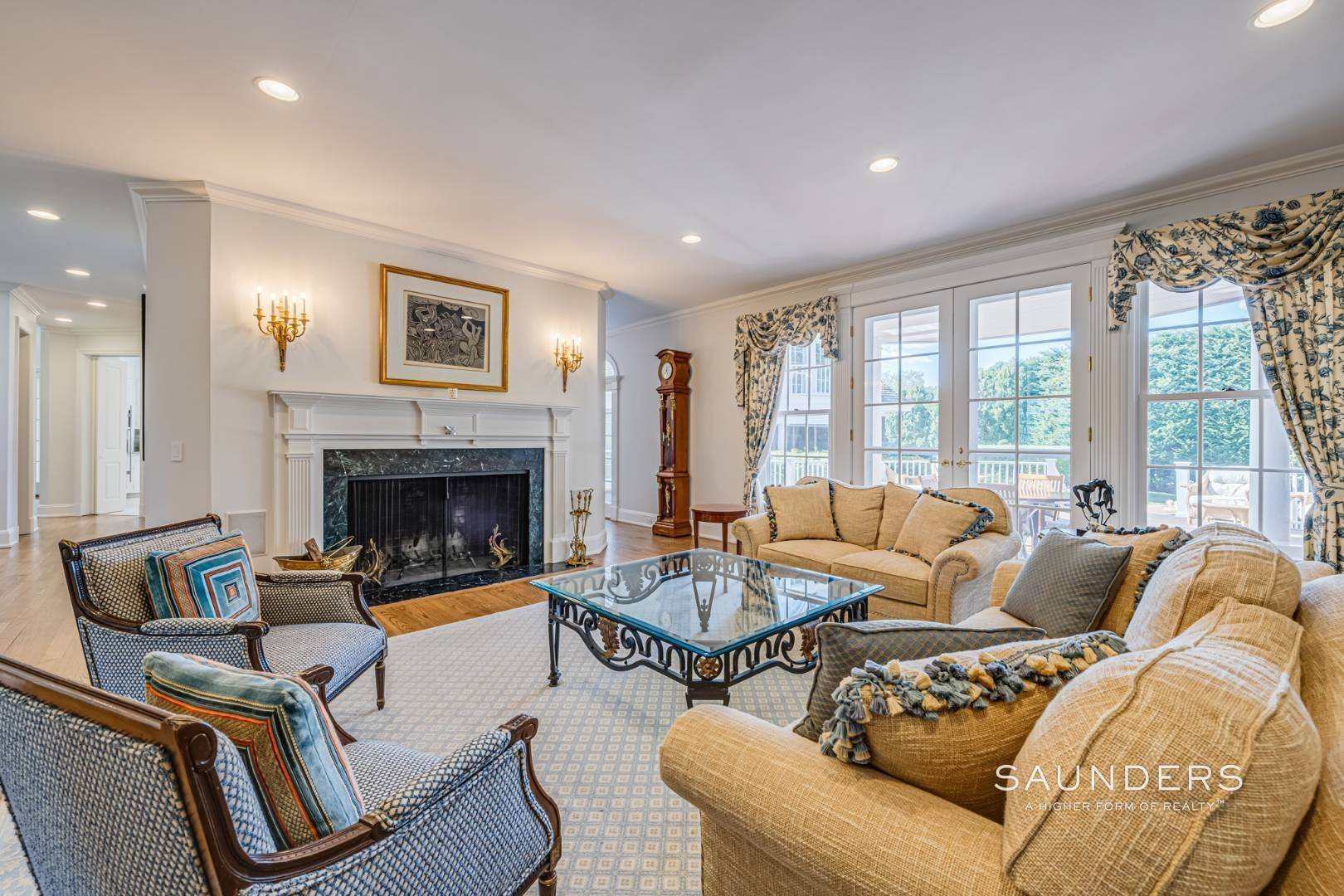 8. Single Family Homes for Sale at Classic Elegance In The Heart Of Quogue Village 68 Quogue Street, Quogue Village, Southampton Town, NY 11959